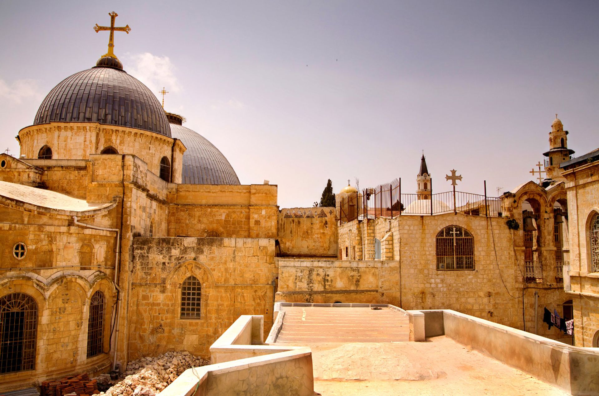 Church of the Holy Sepulchre Wikimedia Commons