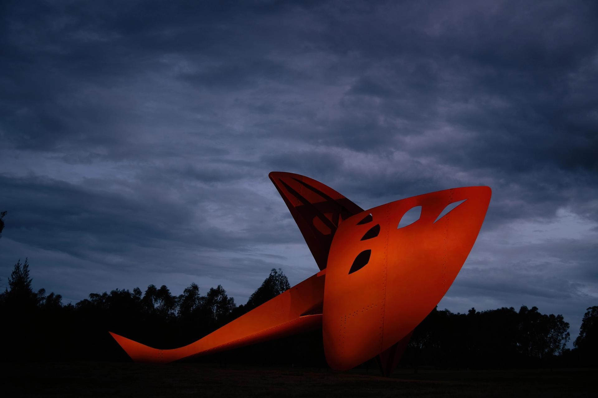 Alexander Calder's Flying Dragon (1975) © 2021 Calder Foundation, New York / Artists Rights Society (ARS), New York. Photo: Darren James Photography