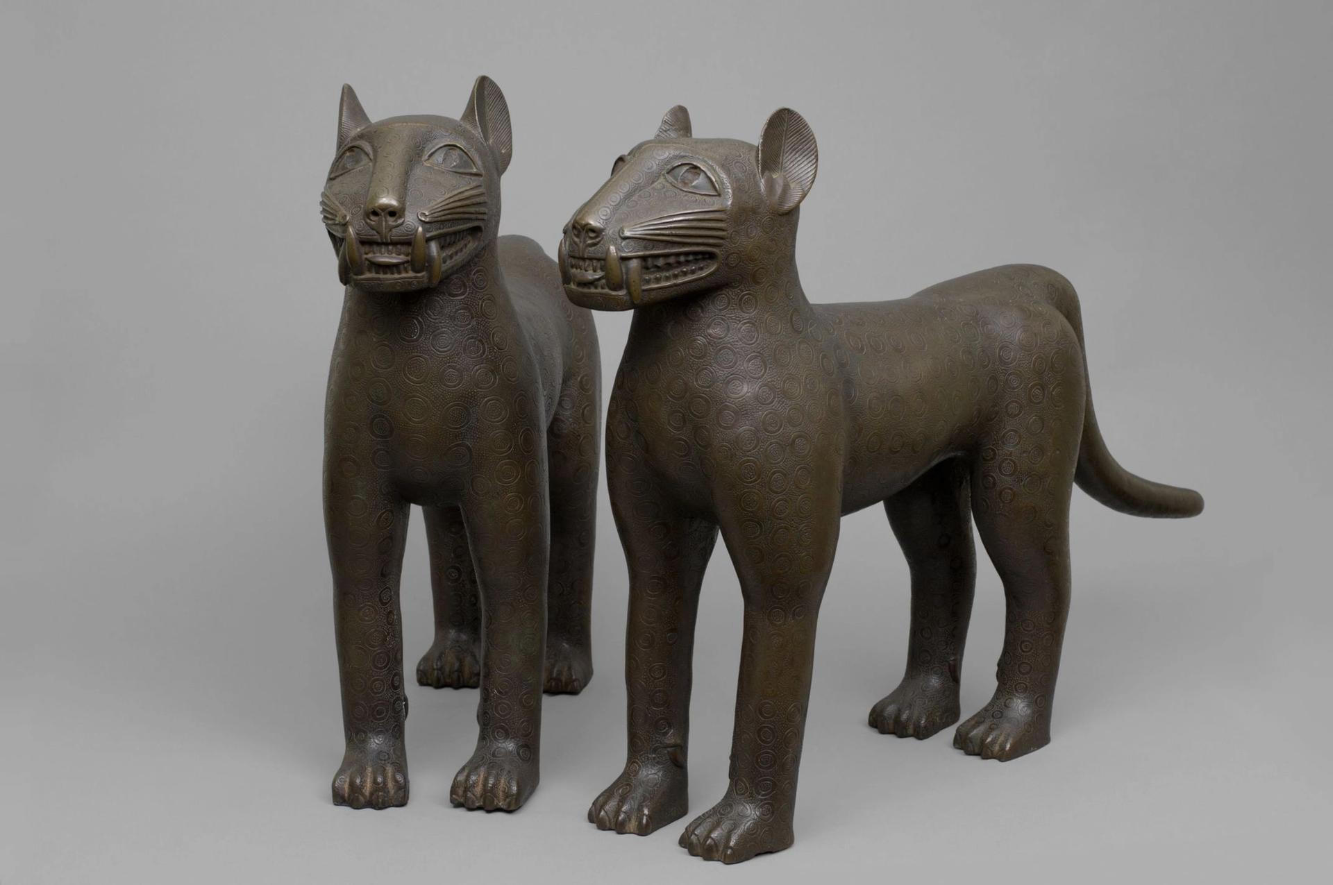 A pair of brass leopard figures (16th to 18th century) © National Commission for Museums and Monuments Nigeria