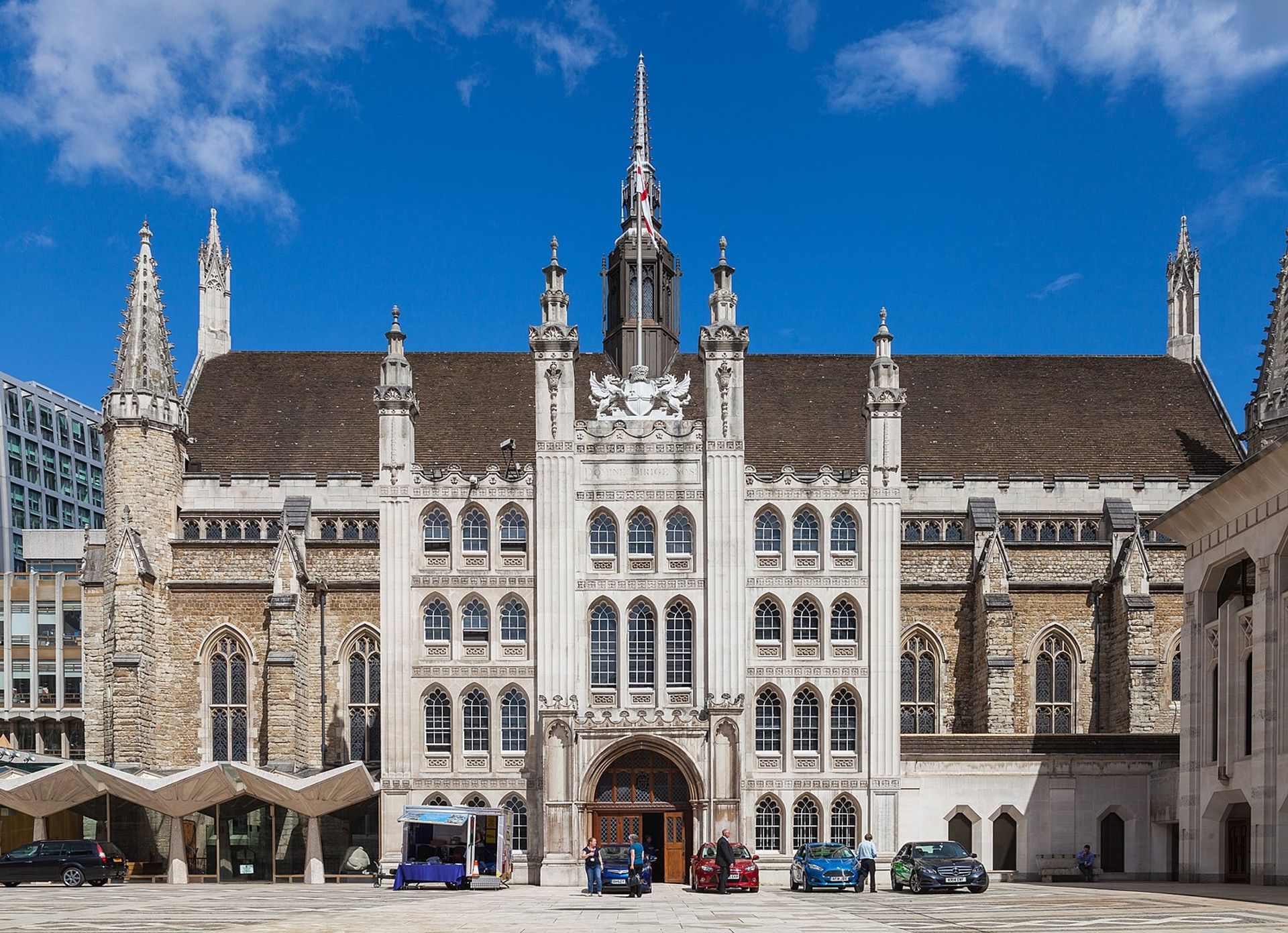 The Guildhall in London will keep its slave trader statues. Photo: Diego Delso