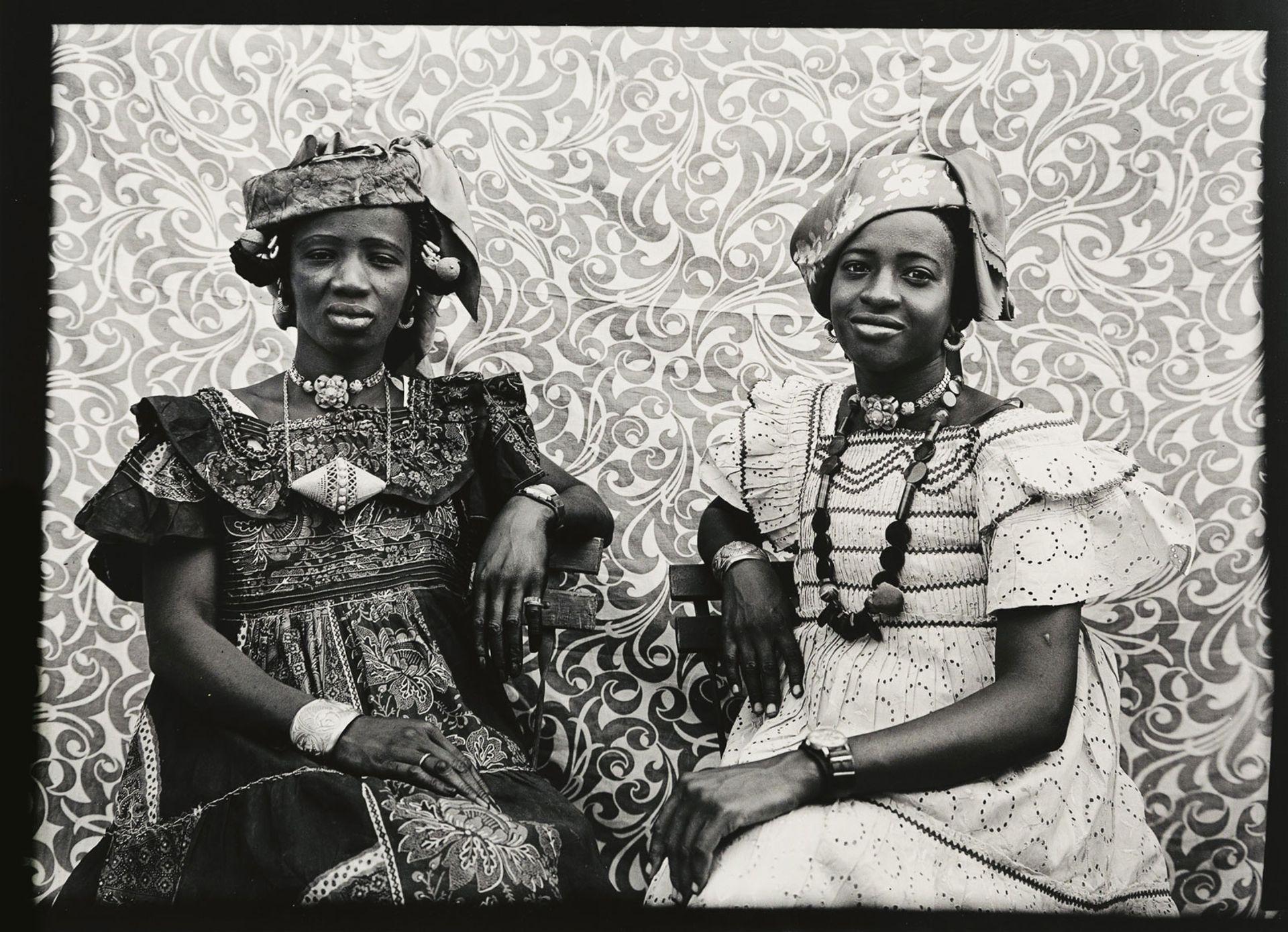 Untitled #460 (1956–57) by Seydou Keïta © Seydou Keïta/SKPE; Courtesy CAAC, The Pigozzi Collection