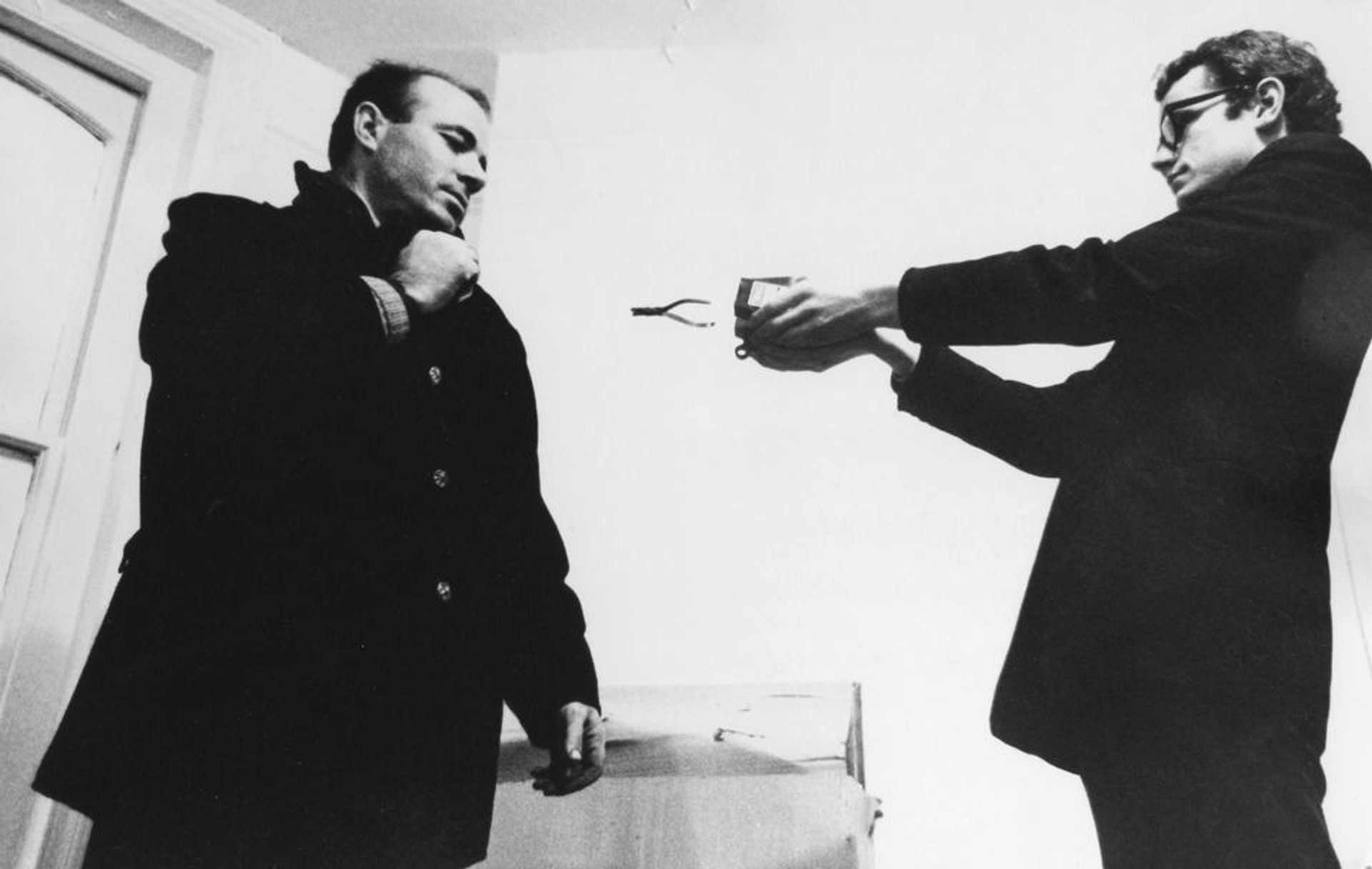 Guy Brett (right) in 1966 with the artist Takis © Clay Perry, England & Co gallery, London