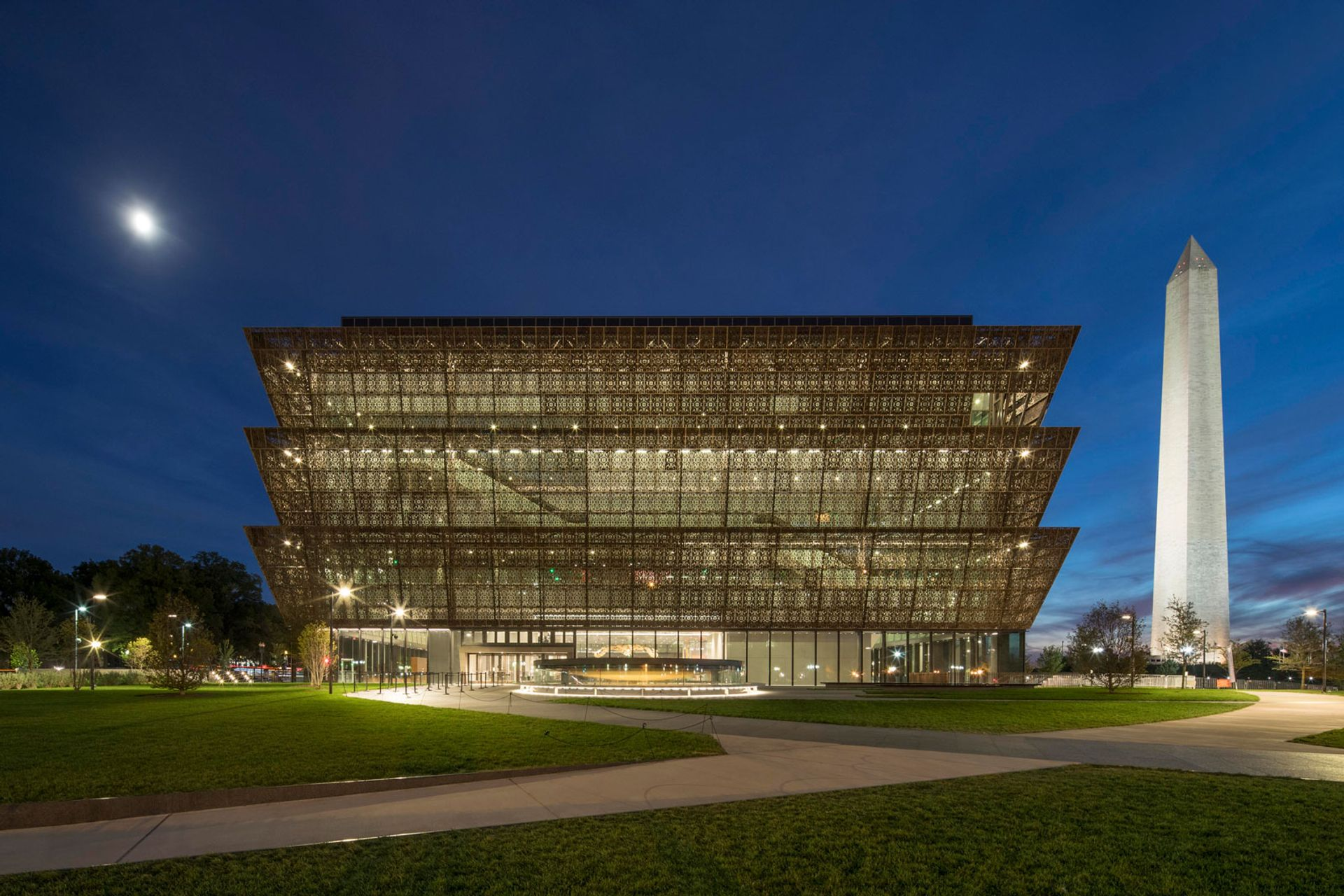 Smithsonian National Museum of African American History and Culture in Washington D.C. Adjaye Associates