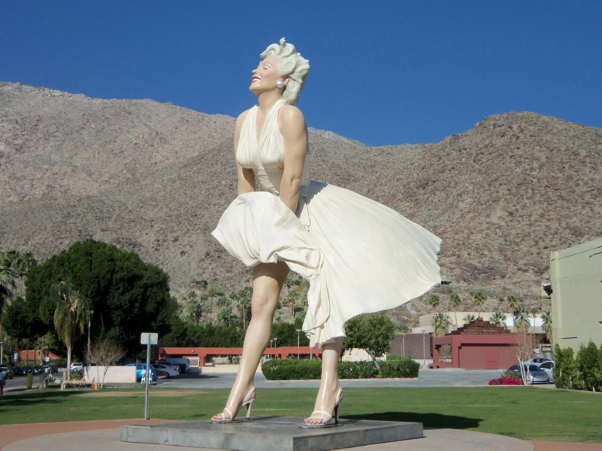 When it was first installed in the California desert town, from 2012 to 2014, Forever Marilyn was a popular tourist attraction, with many visitors posing for photographs between the statue's feet Photo: Fred Miller