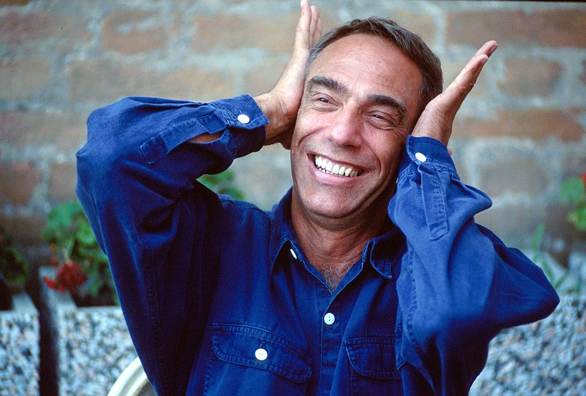 Derek Jarman at the 1991 Venice Film Festival. Gorup de Besanez via Wikimedia Commons