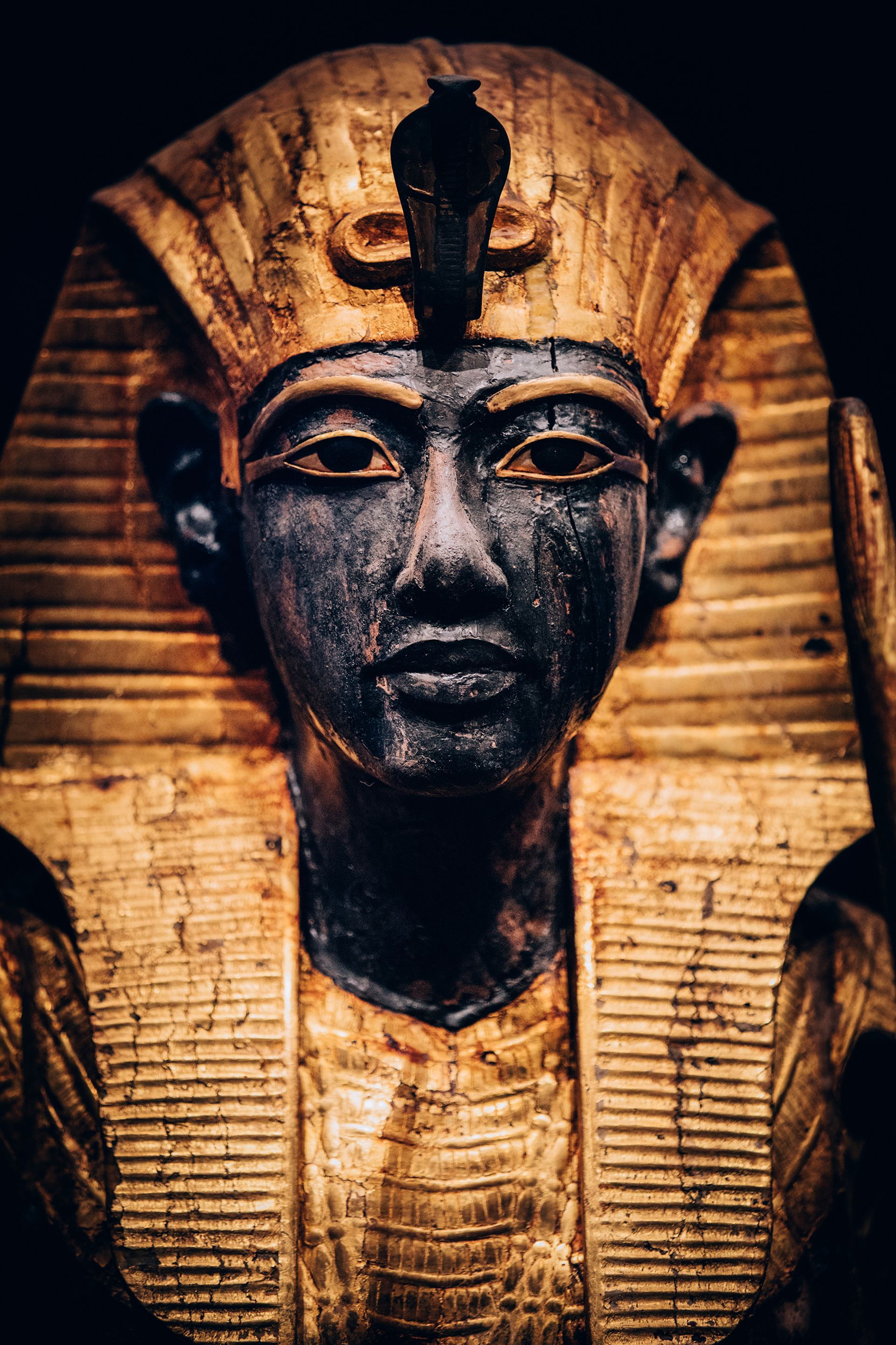 The wooden guardian statue of the Ka (spirit) of King Tutankhamun wearing the Nemes headcloth Photo: IMG