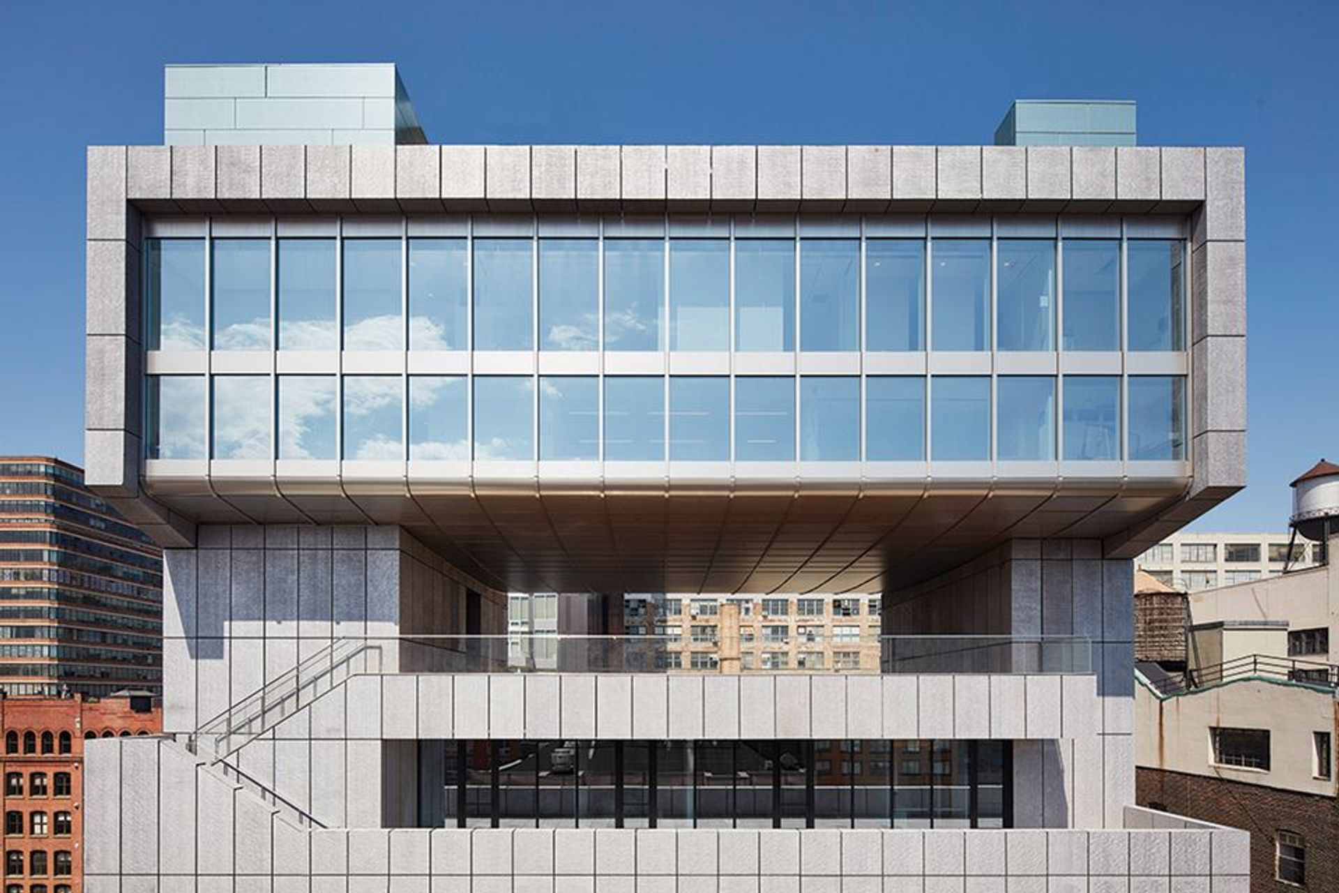 The Pace headquarters at 540 West 25th Street in Manhattan © Thomas Loof/Pace Gallery
