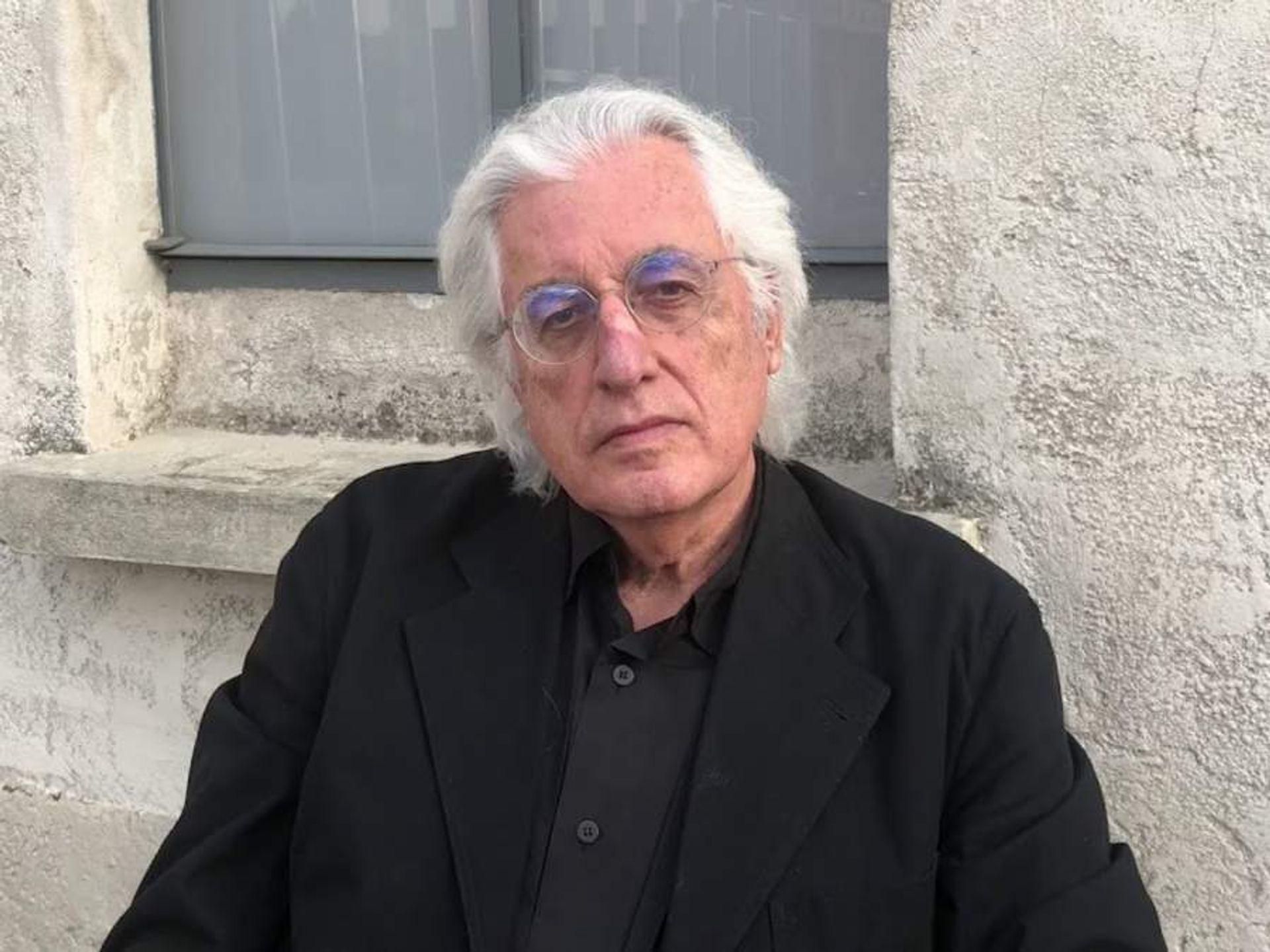 Germano Celant in 2018. Photo: Judith Benhamou-Huet via YouTube