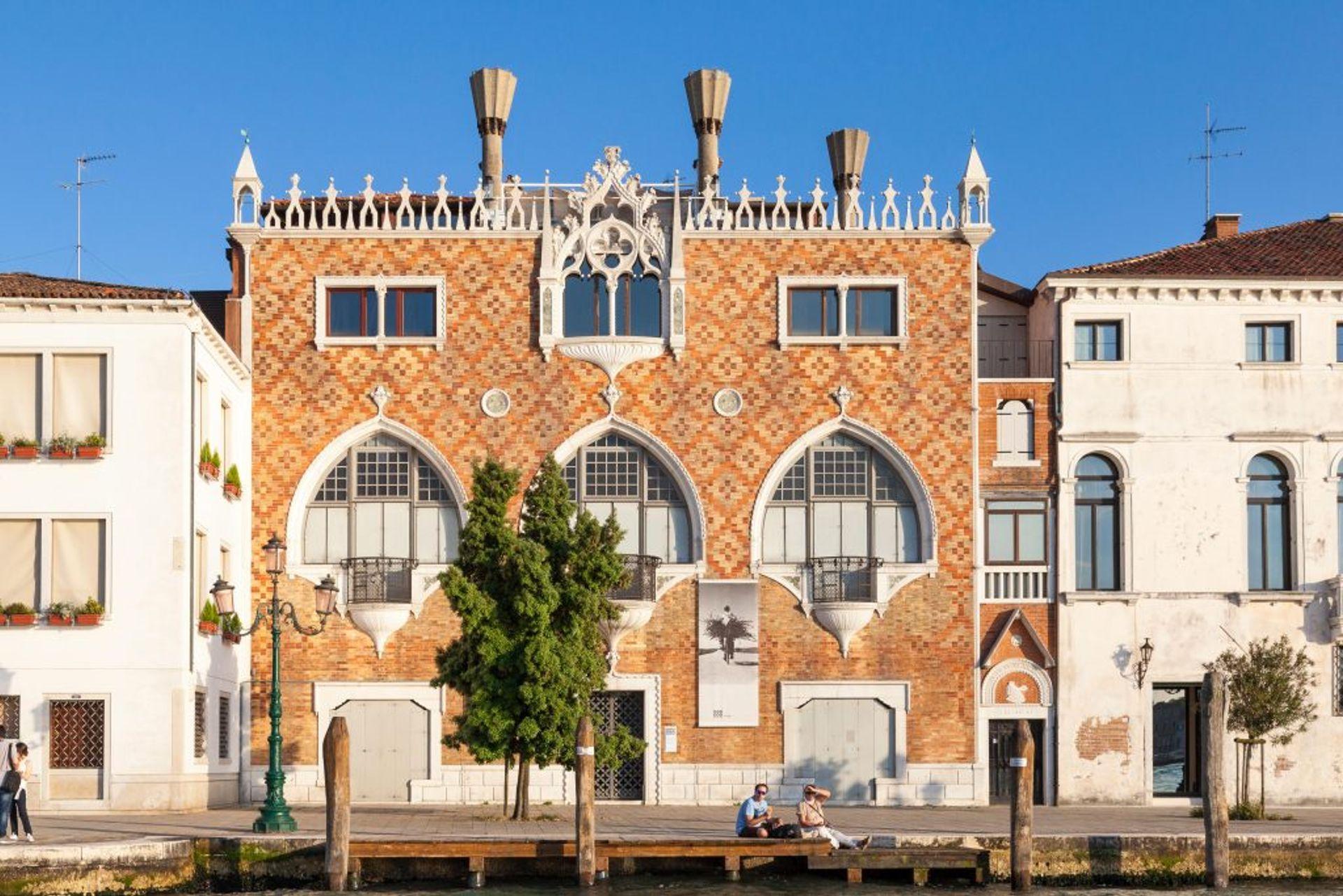 Casa dei Tre Oci, Giudecca Canal, Giudecca Island, Venice Photo courtesy of the Berggruen Institute.