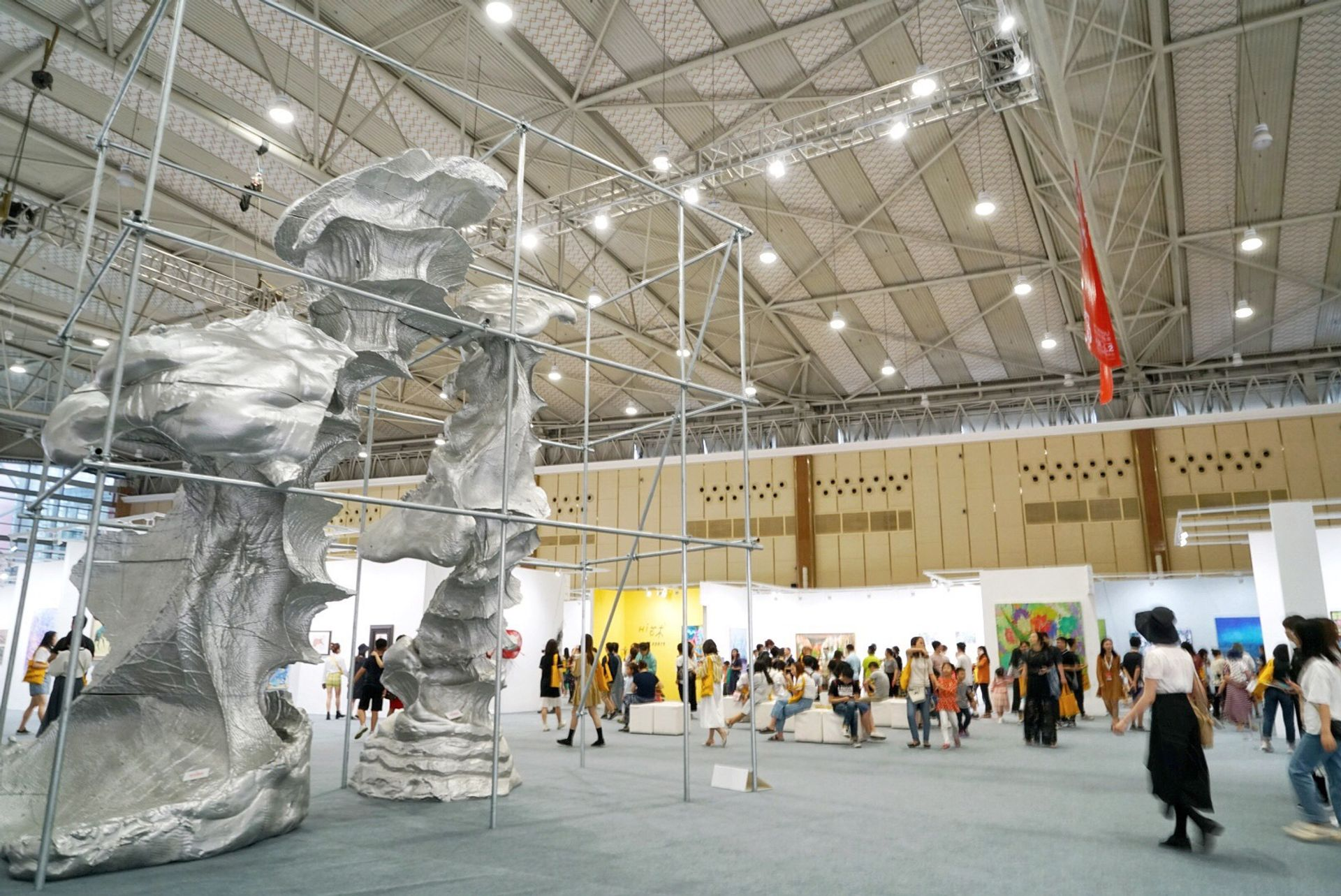 The snappily named Chengdu Century City New International Exhibition and Convention Center provided the new venue for the second Art Chengdu Courtesy of Art Chengdu