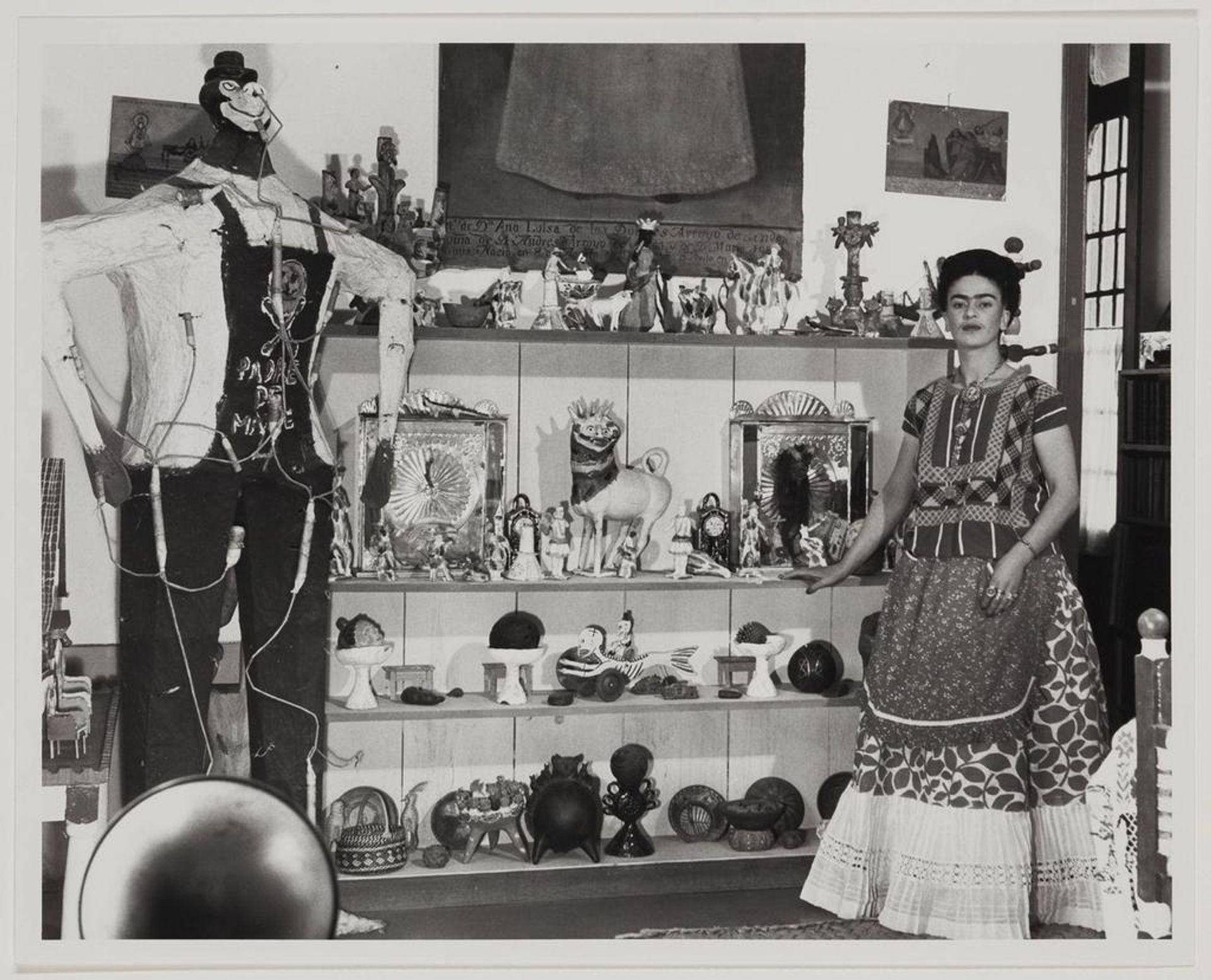 Bernard Silberstein, Frida Kahlo in Rivera Living Room with Figure of Judas, around 1940. Courtesy of the Museum of Fine Arts, Boston.