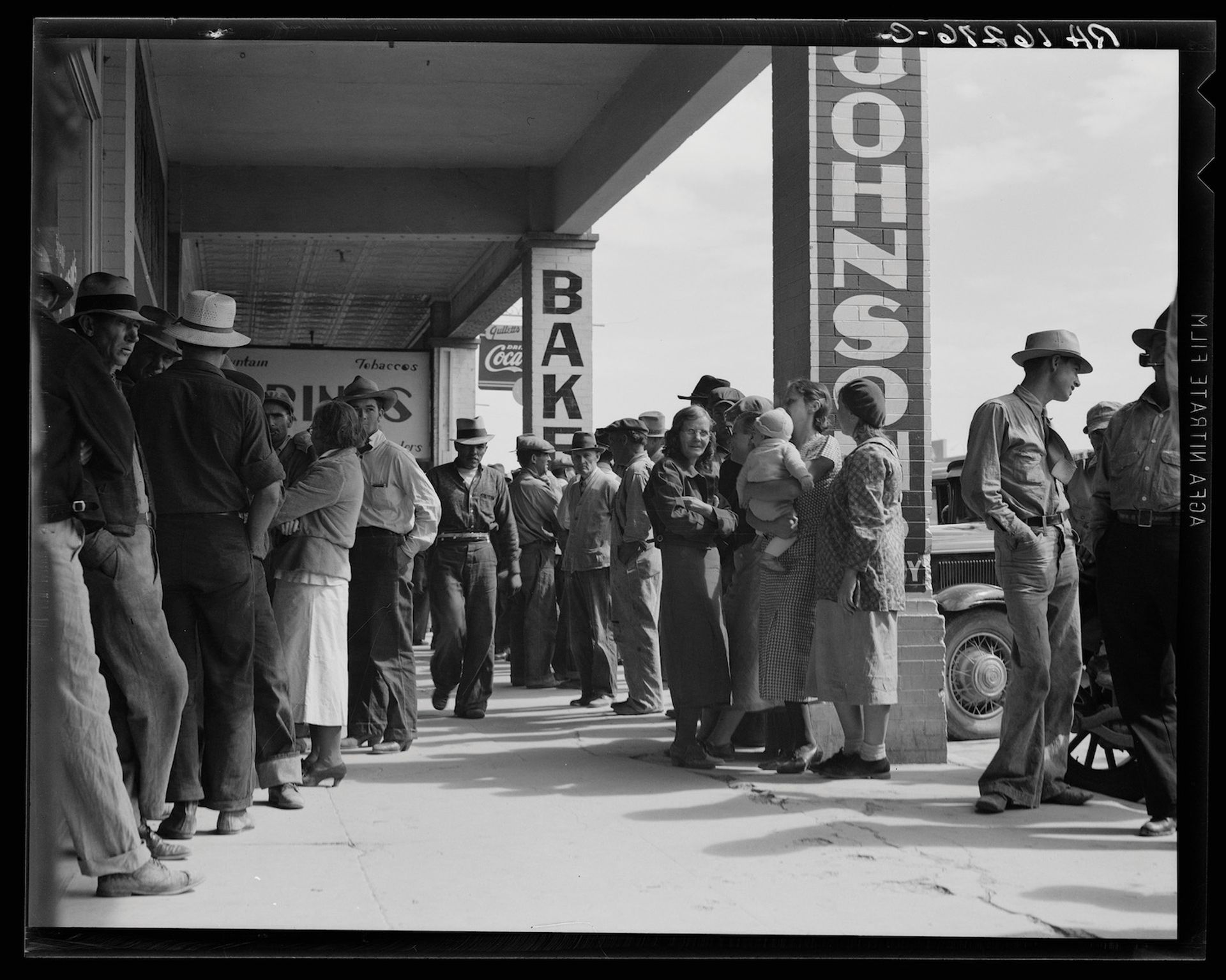 Californian workers waiting for relief cheques during The Great Depression in 1937—the IMF fears a similar economic crash due to Covid-19 Dorothea Lange, Waiting for relief checks, Calipatria, California, 1937. Courtesy of Library of Congress.