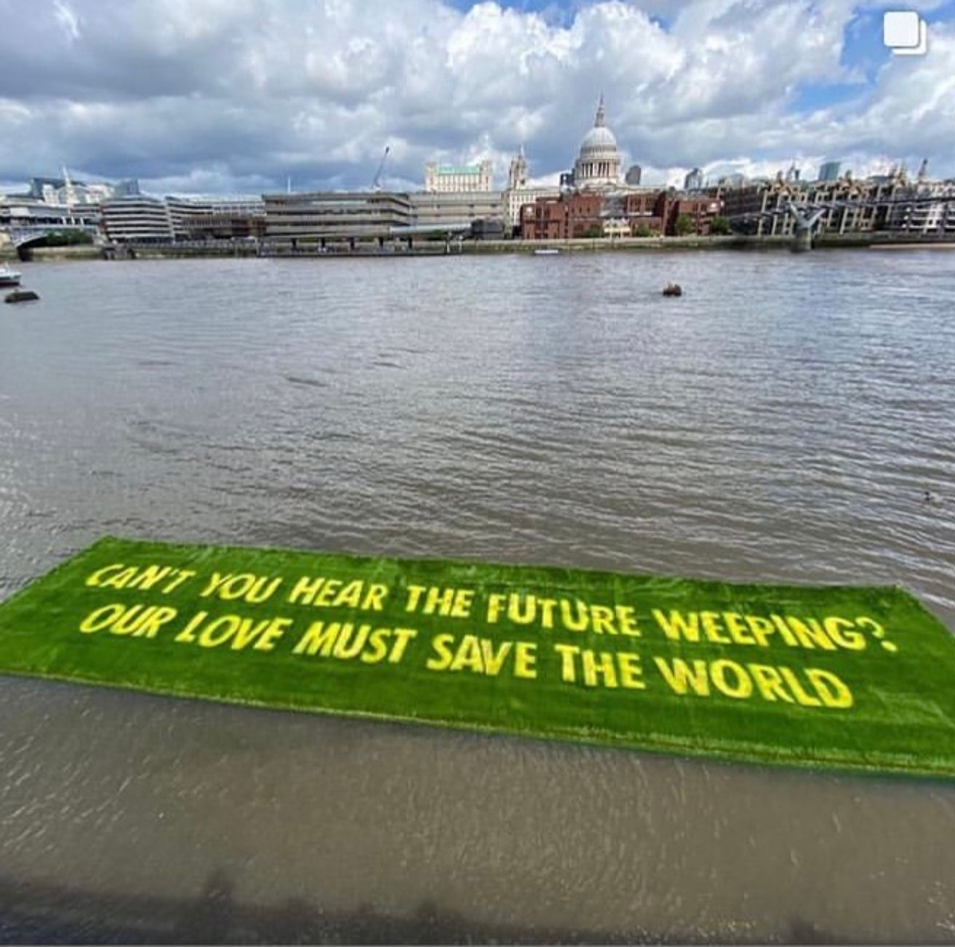 On The Shore (2021) by Ackroyd & Harvey and Ben Okri was floated into the River Thames last week Courtesy of Louisa Buck