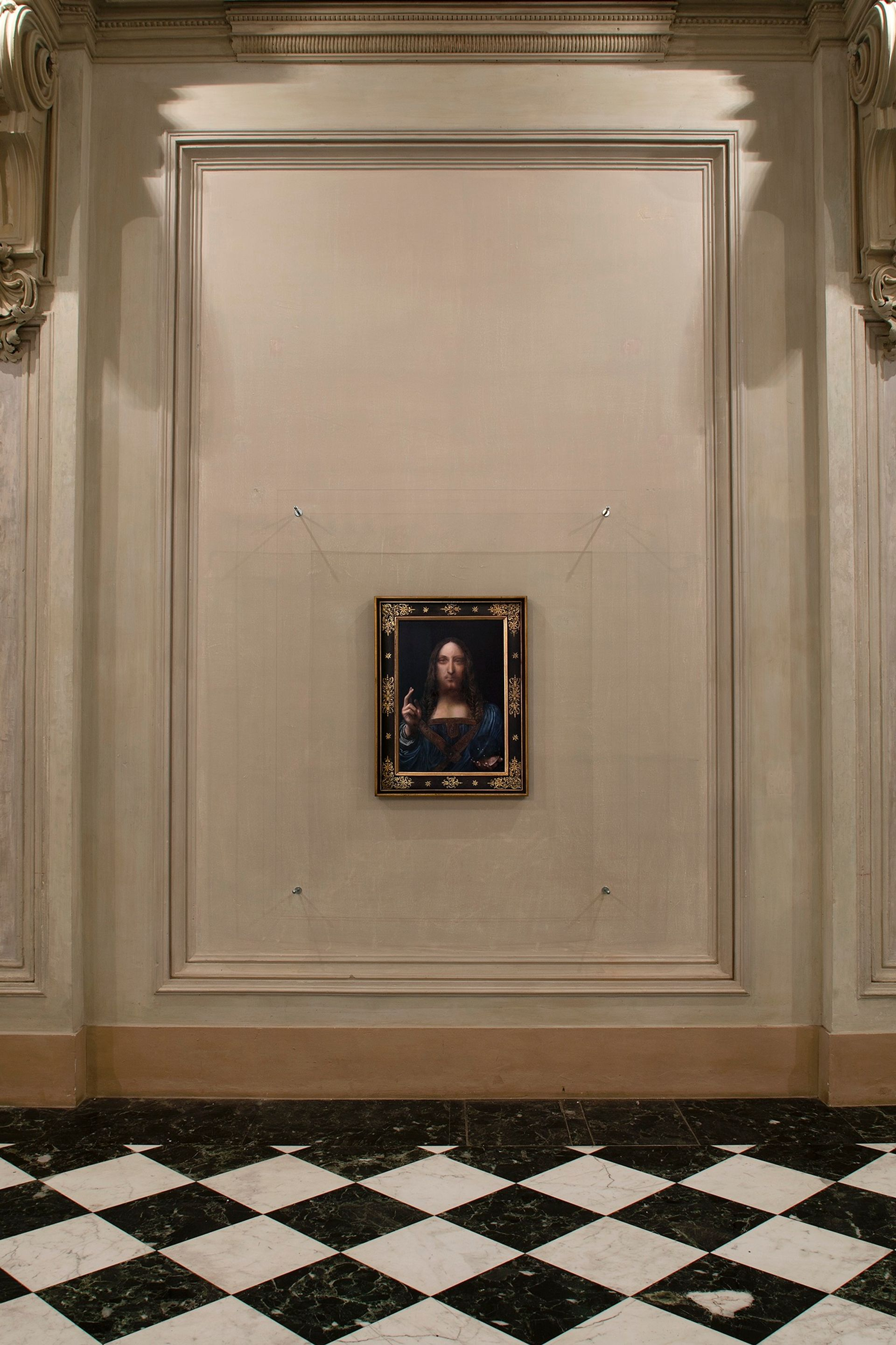 Taner Ceylan's Salvator Mundi at the Castello di Rivoli courtesy Antonio Maniscalco