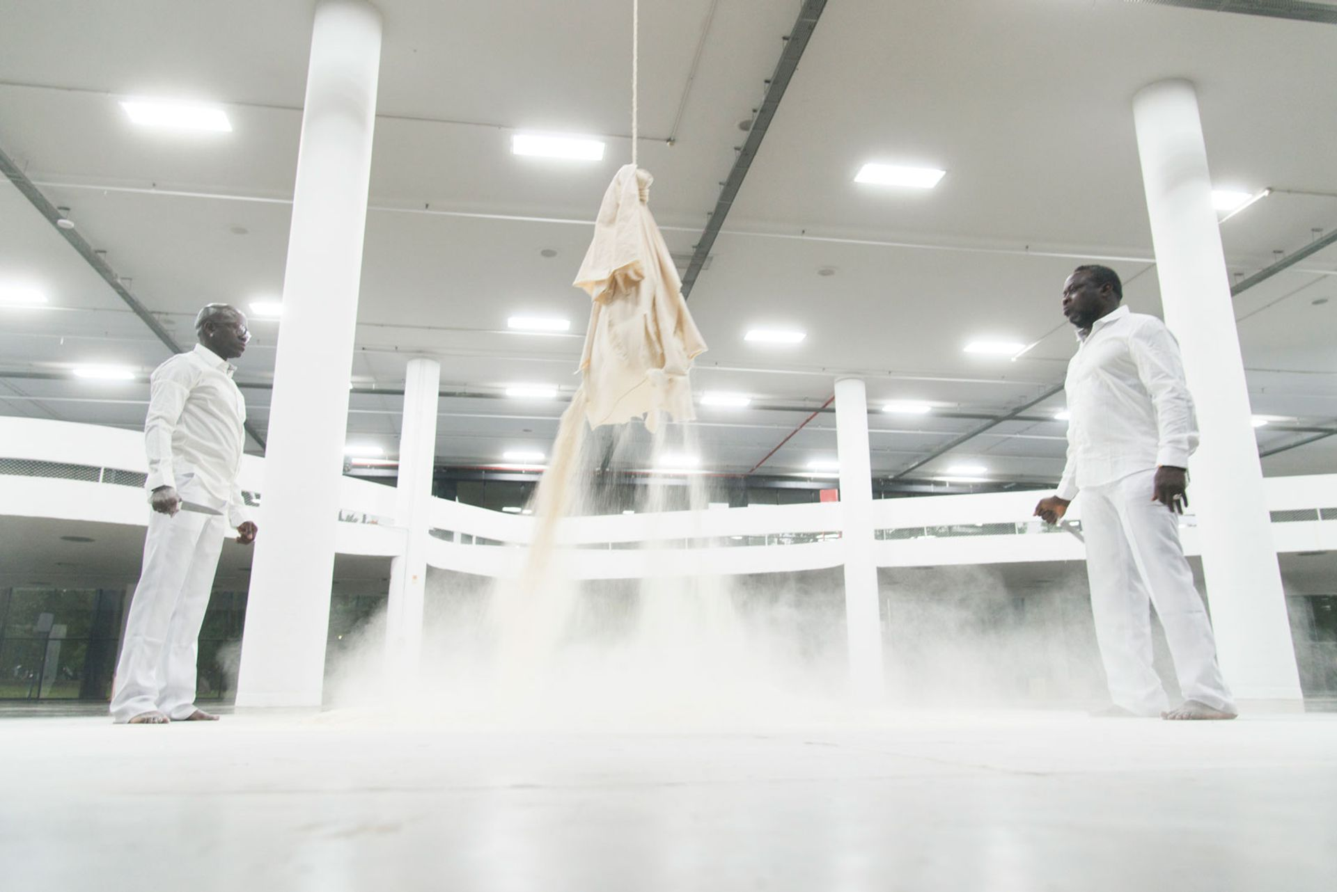 Paulo Nazareth's performance for the Vento exhibition, an early element of the 34th Bienal de São Paulo