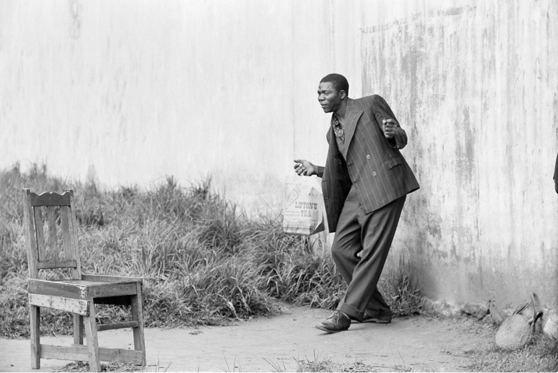 David Goldblatt, Portrait photographer and client, Braamfontein (3_1538, 3_1539), 1955. Courtesy of Goodman Gallery