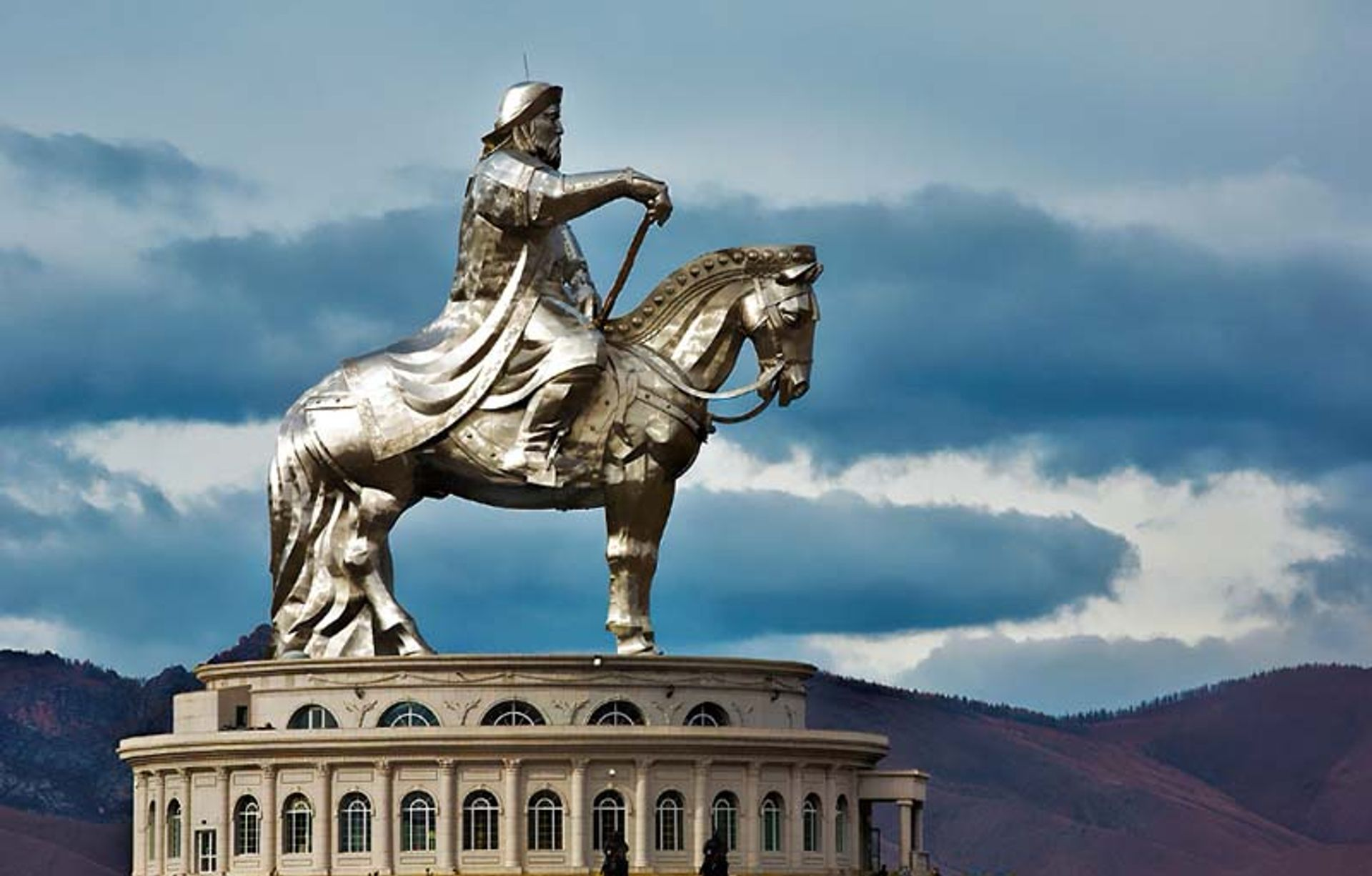 Genghis Khan's statue in Mongolia Flickr