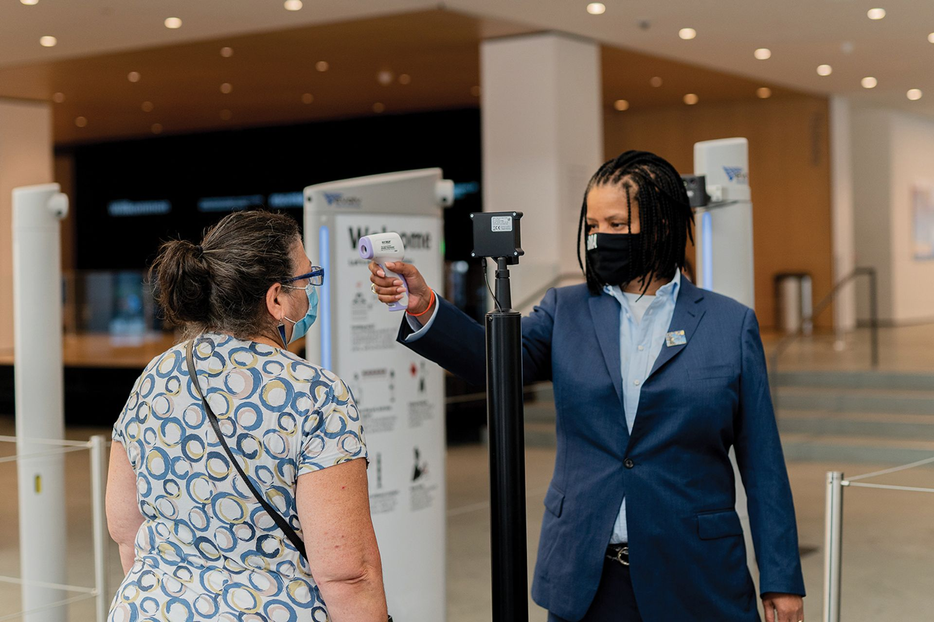 Zapping Covid: safety measures at New York's Museum of Modern Art include temperature checks and mandatory face masks © Amir Hamja/Bloomberg via Getty Images