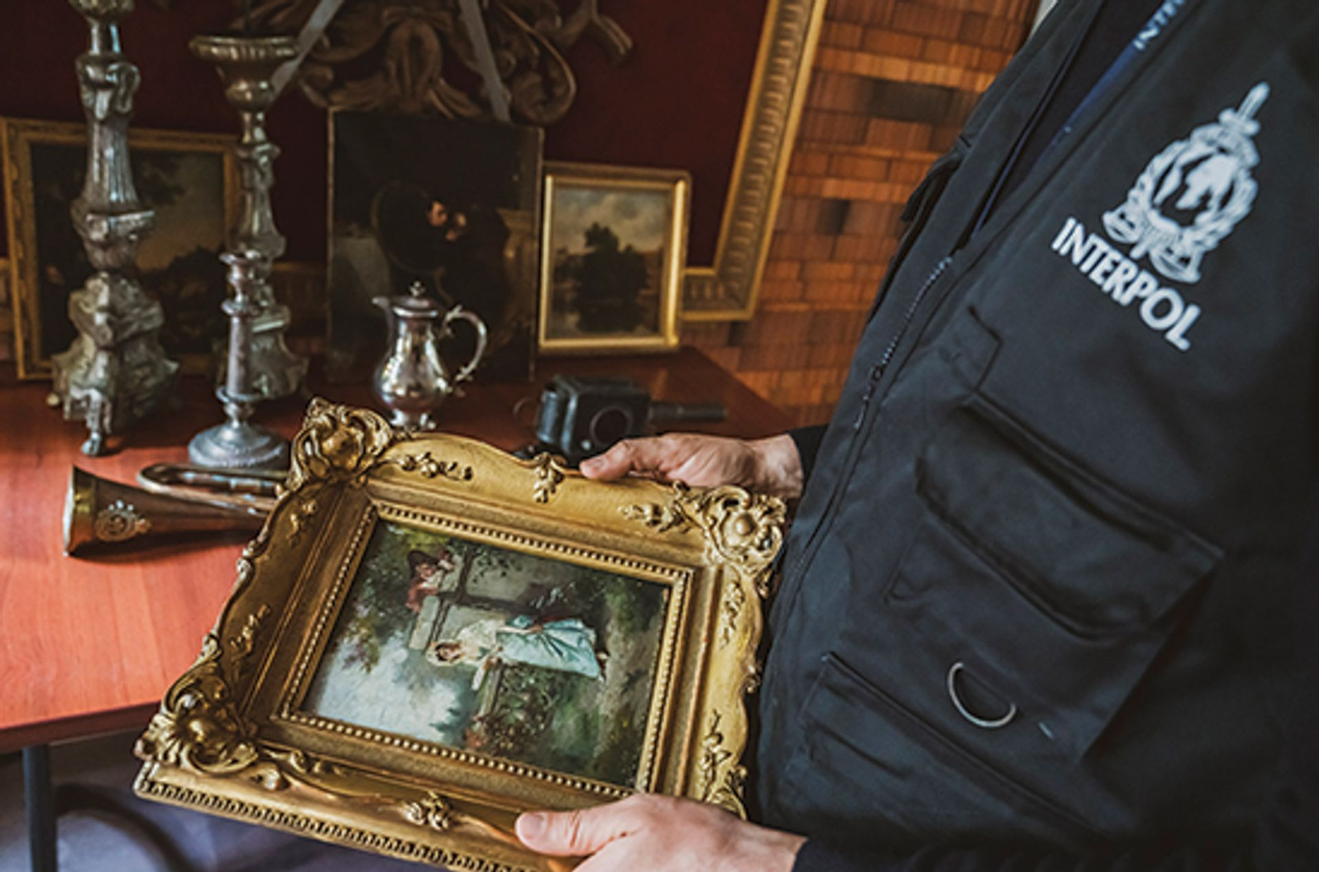Interpol says its ID-Art app has access to a database of 52,000 stolen artefacts © ID-Art/INTERPOL