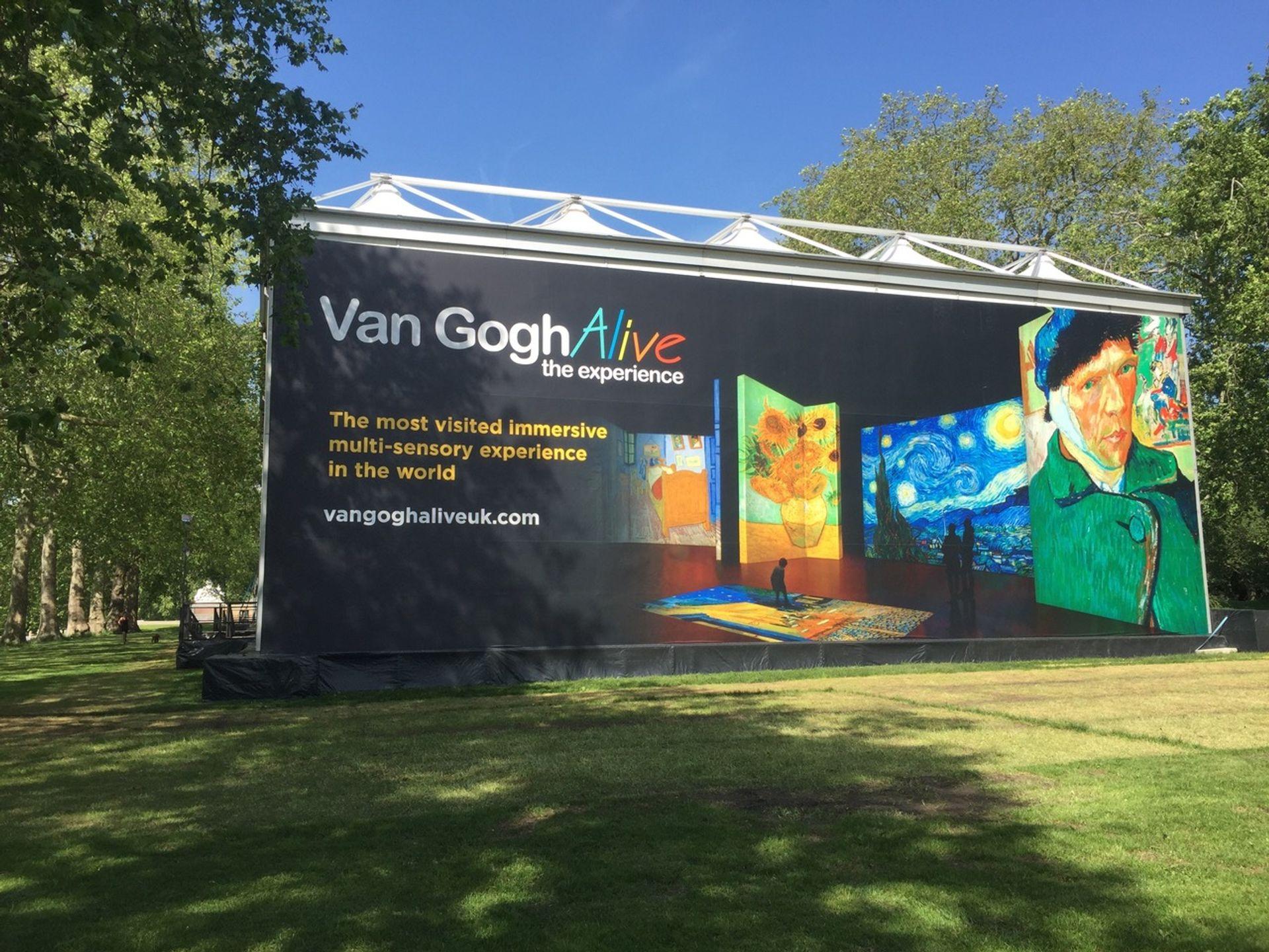 Van Gogh Alive, Kensington Gardens, London Photo: Martin Bailey