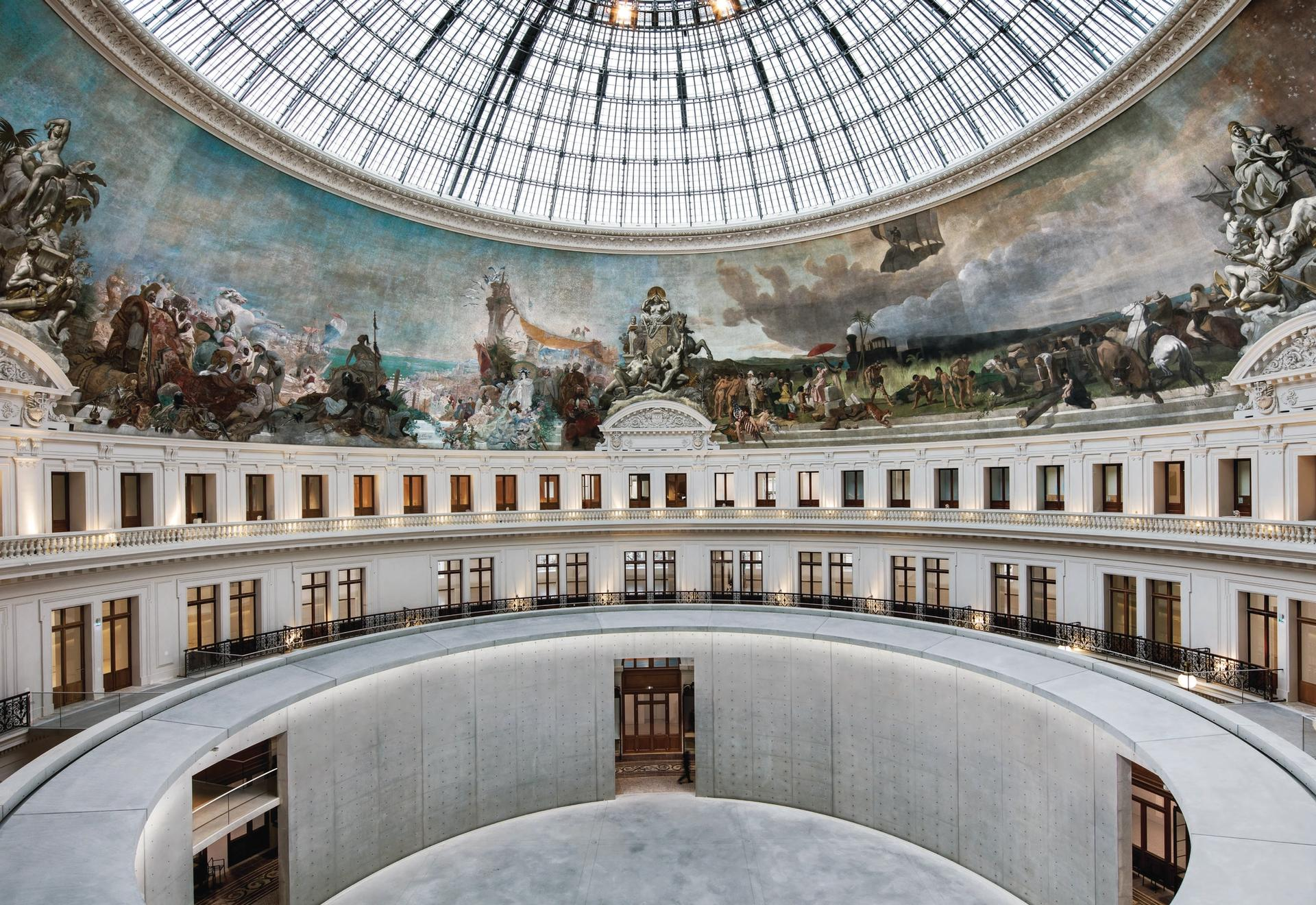 A glass cupola and panoramic mural are at the heart of the Bourse de Commerce-Pinault Collection, a restored grain exchange Photo ©Patrick Tournboeuf