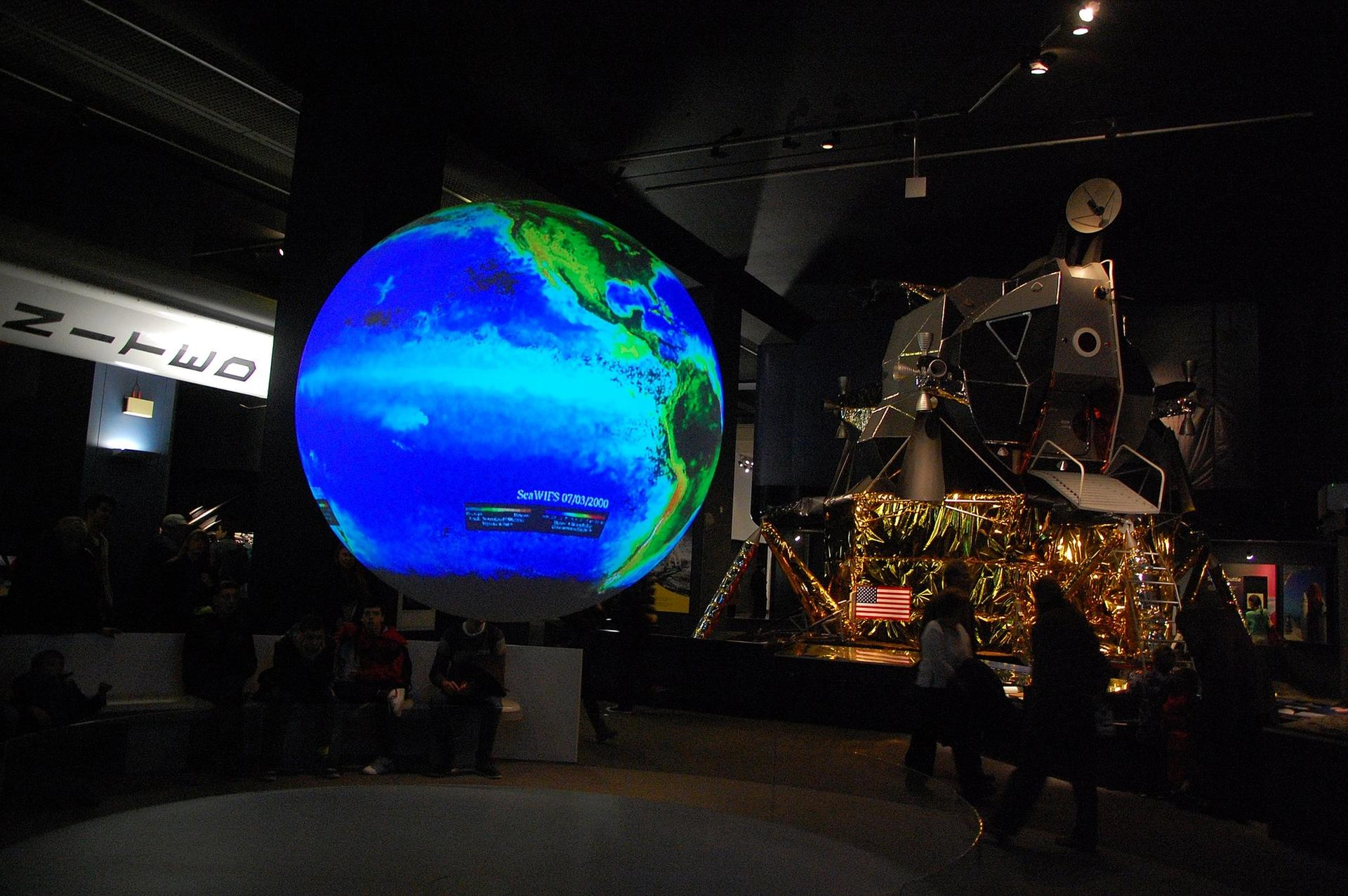 The UK's Science Museum Group is hosting a series of online Climate Talks Photo: London's Science Museum, Rodrigo Menezes (Ironman br)