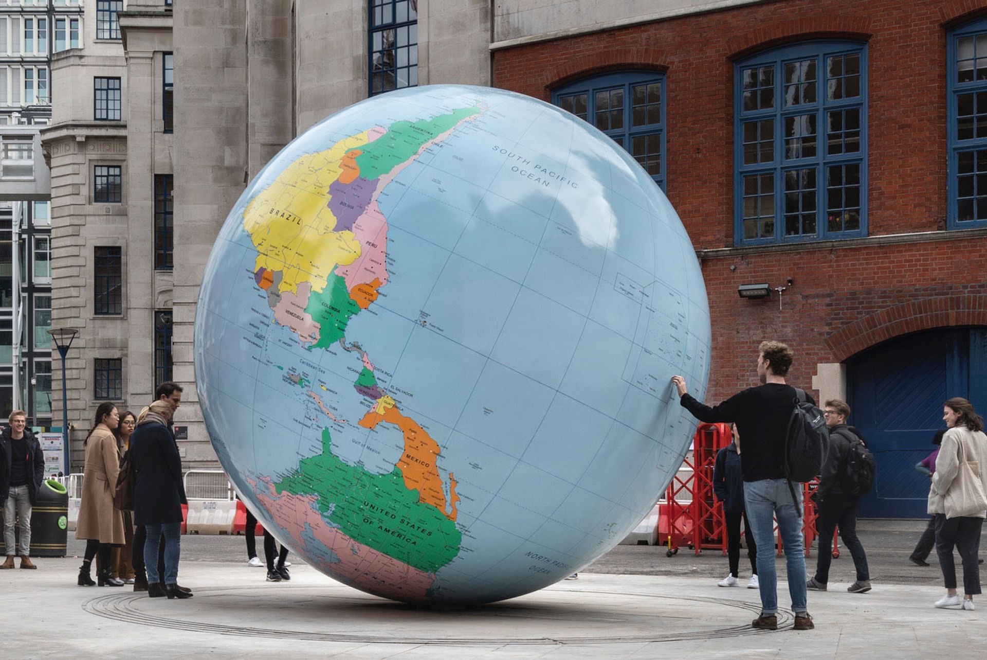 Mark Wallinger's The World Turned Upside Down was unveiled at the entrance of the London School of Economics on 26 March © Damian Griffiths