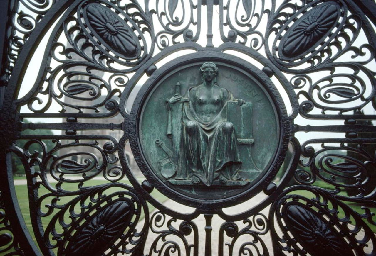 Medallion depicting the Roman Goddess of Justice on one of the gates of the Peace Palace in The Hague UN Photo/Sudhakaran