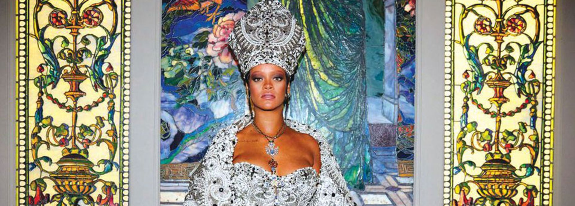 Rihanna attends the Heavenly Bodies: Fashion and the Catholic Imagination Costume Institute Gala at The Metropolitan Museum of Art © Photo by Taylor Jewell/Getty Images for Vogue
