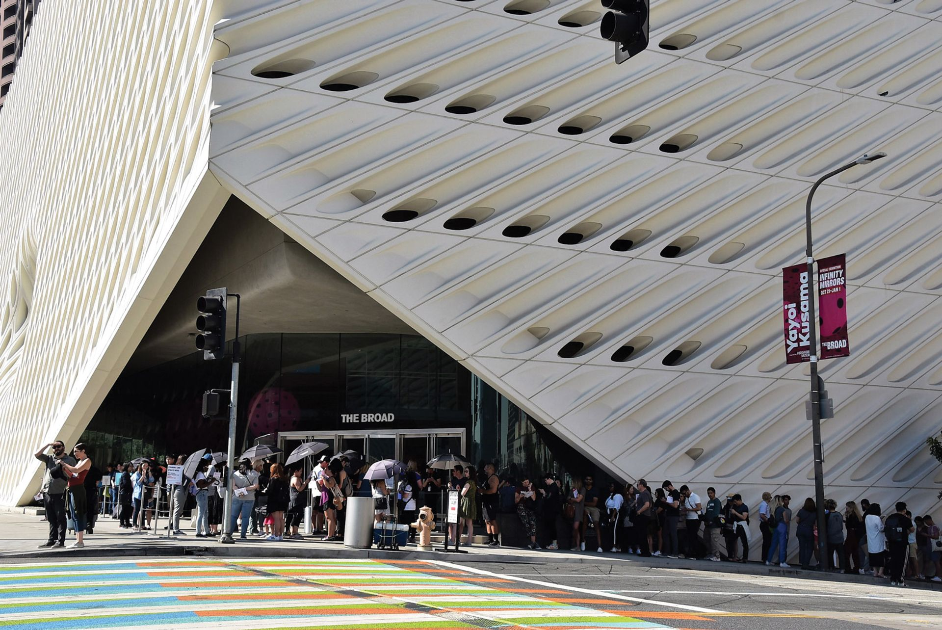 Queues snaking around the Broad, which has offered free general entry since it opened in 2015; visitor numbers have steadily increased from around 750,000 in its first full year to more than 900,000 in 2019 Kyodo News/Getty Images