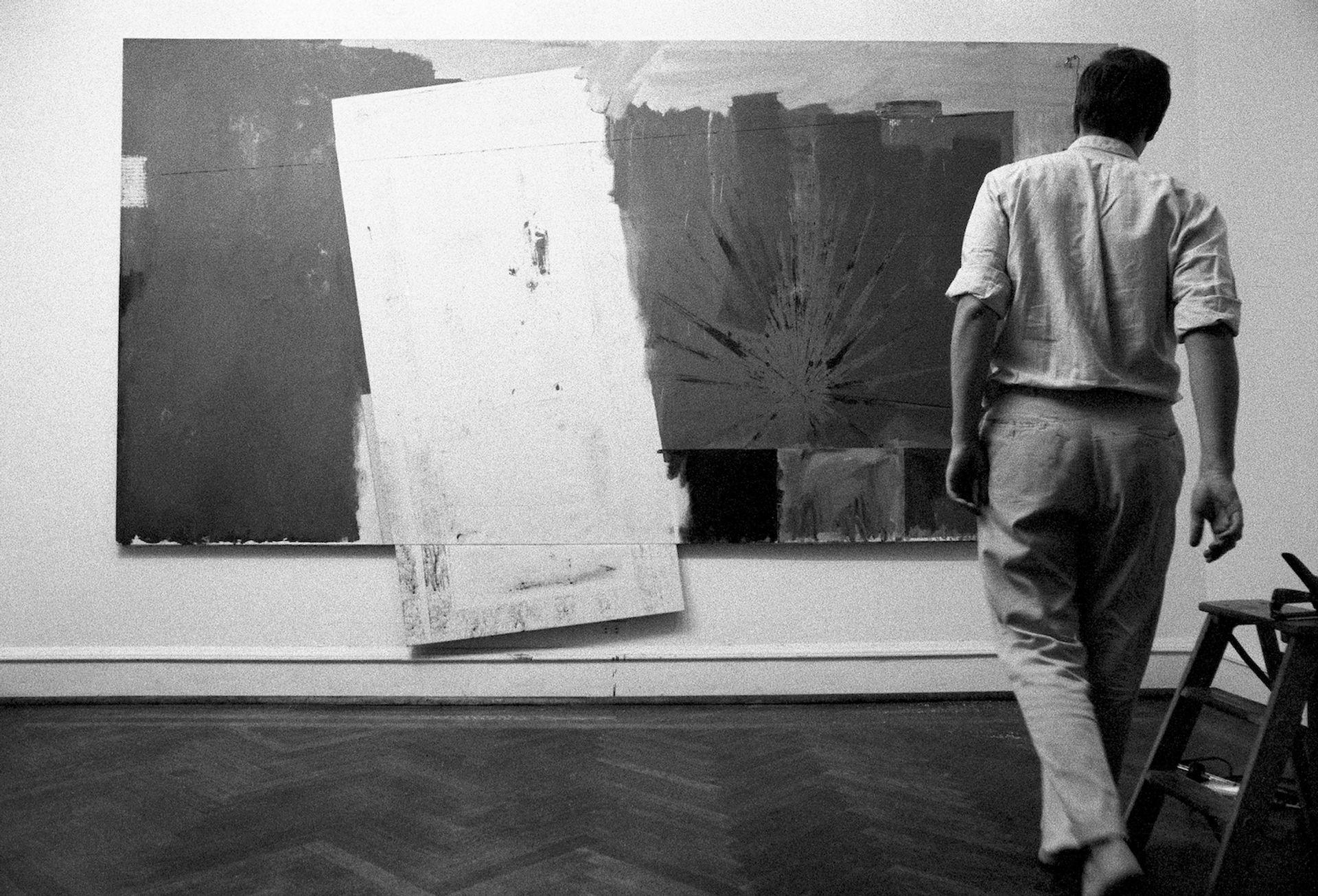 Ugo Mulas, Jasper Johns (1964). Photo: © Ugo Mulas Heirs