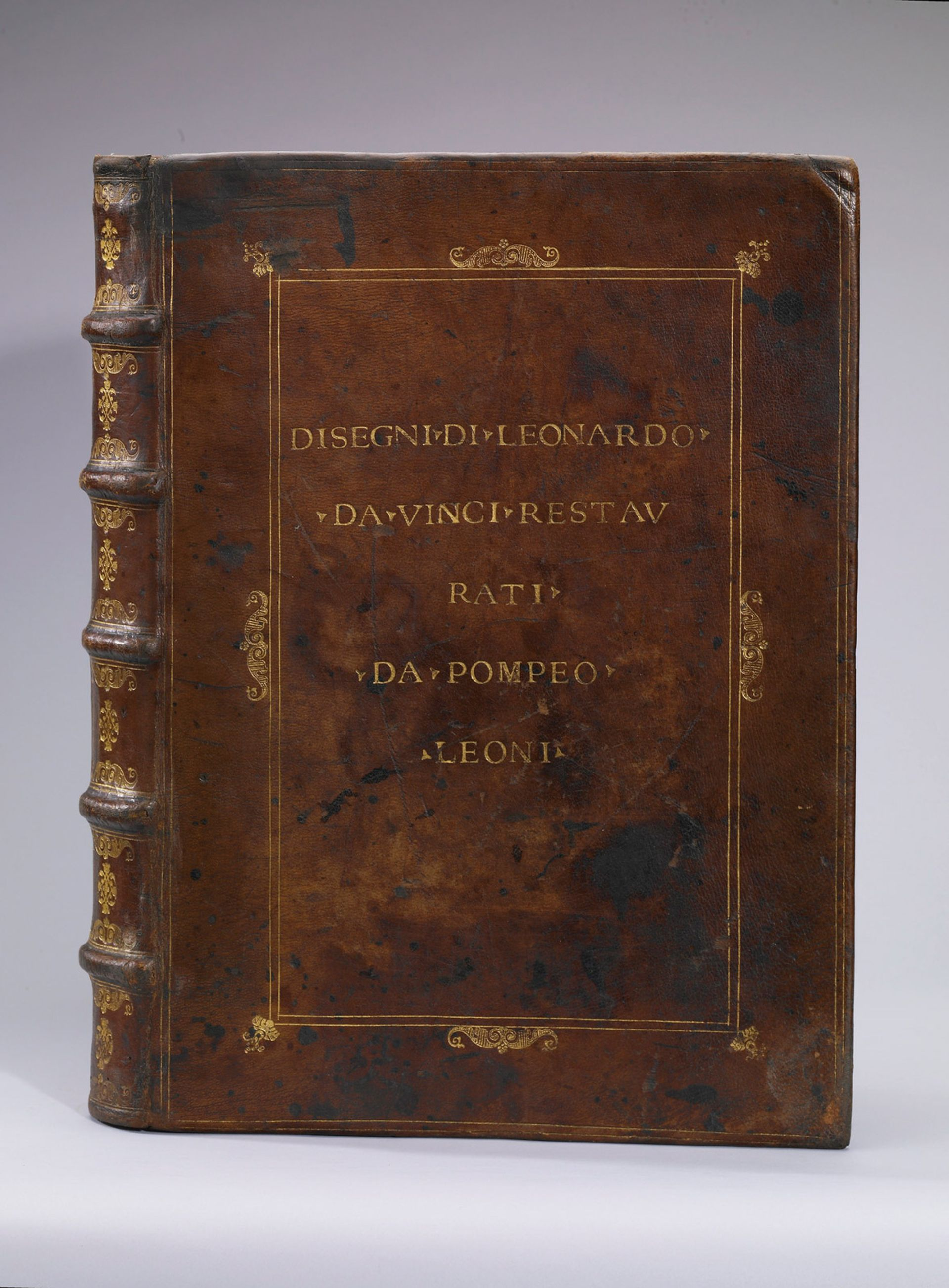 """The """"incomparable"""" Leonardo volume (around 1590) that provided the exciting proof of provenance Courtesy of Royal Collection Trust"""