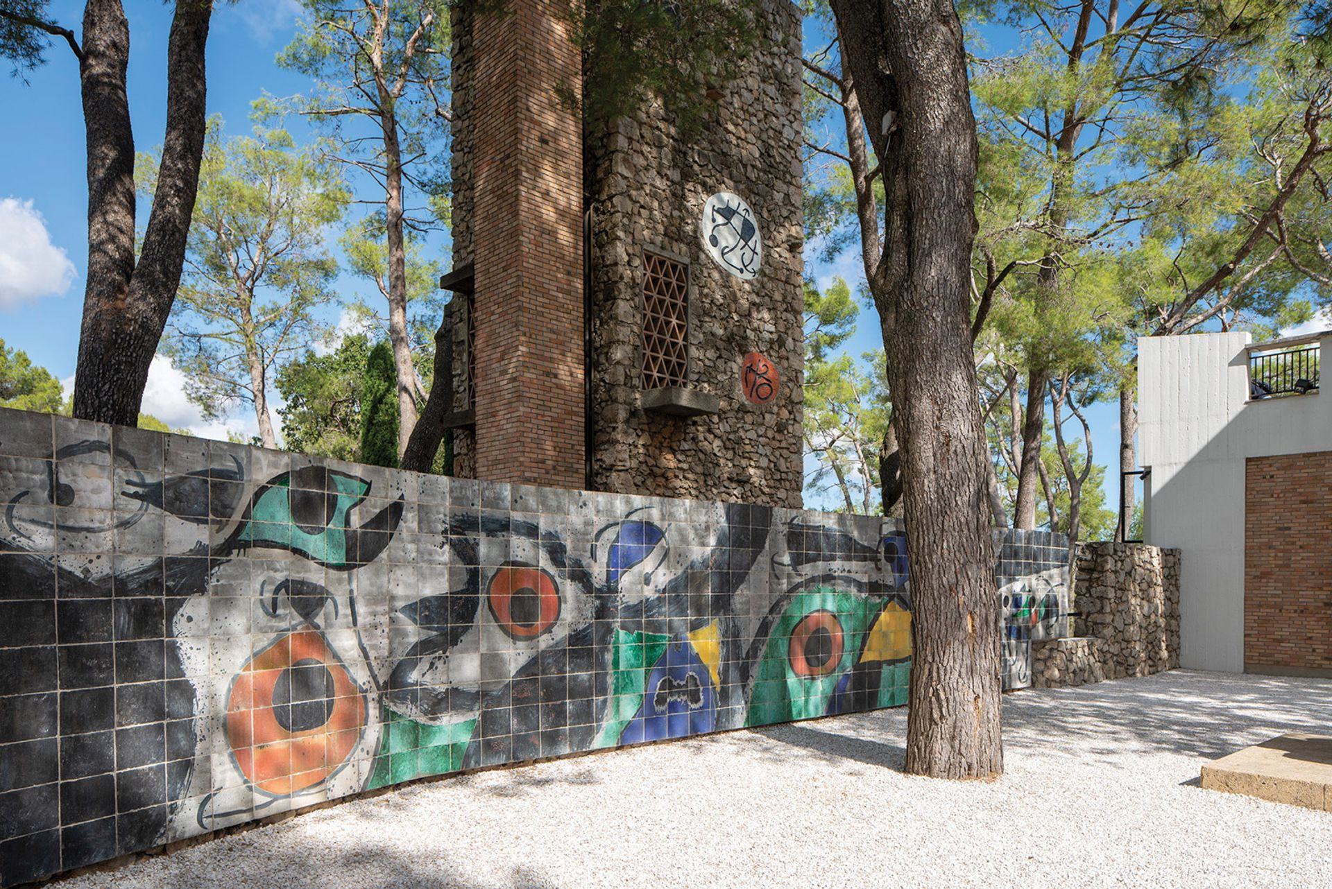 The Miró Labyrinth was constructed over 20 years bythe artist and father-and-son ceramicists the Artigas © Olivier Ansellem/Archives Fondation Maeght