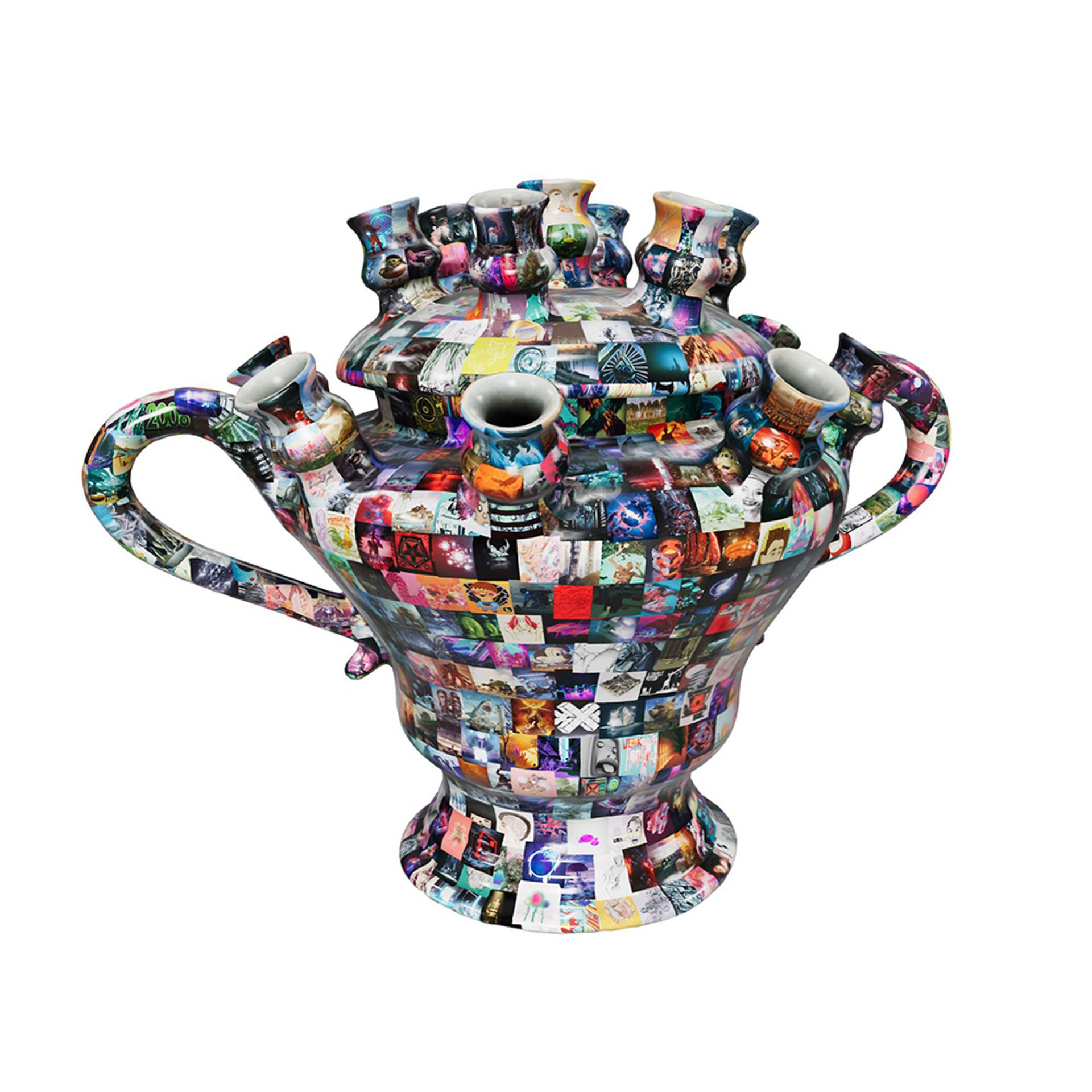 """Aronson's """"digital twin"""" NFT titled $69m Art—with Beeple's Everydays superimposed on a 17th-century Delftware vase—is one of the NFTs minted today on Opensea Courtesy of Aronson Delftware"""