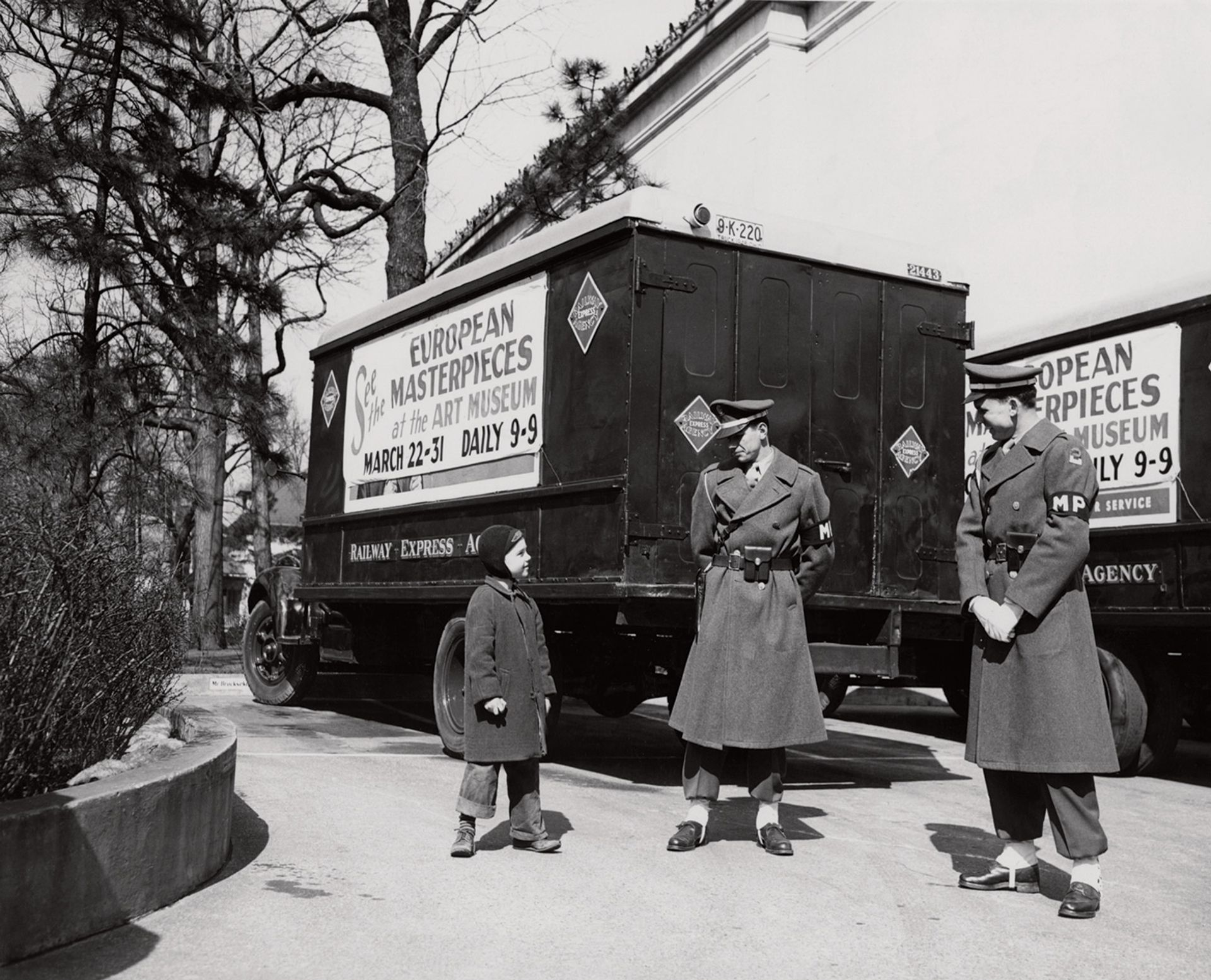 Trucks guarded by the US military brought the Berlin Old Masters to Toledo, Ohio in 1949 Courtesy of Cincinnati Art Museum