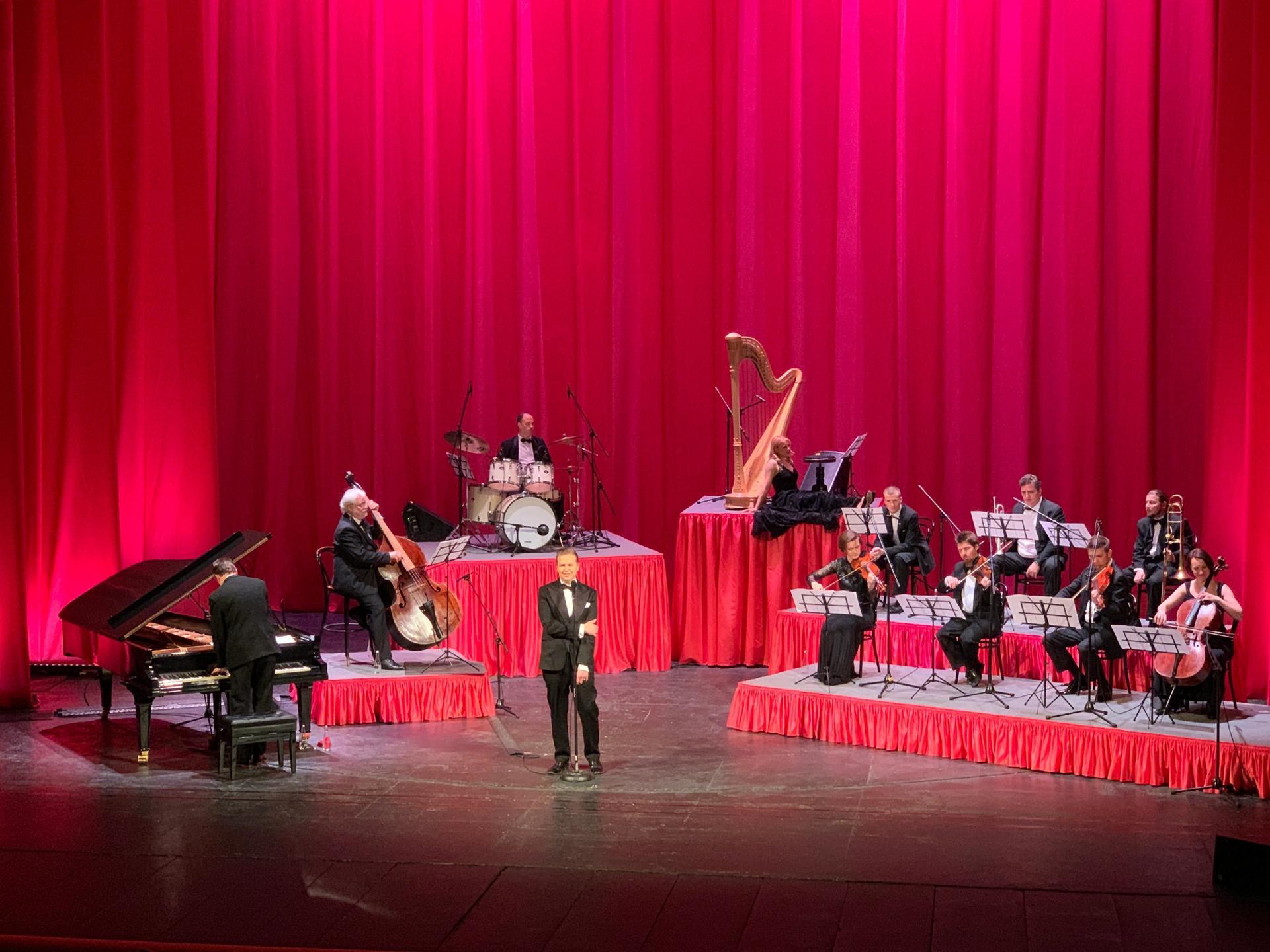 Ragnar Kjartansson performed God at the Mayakovsky Theatre in Moscow last night © The Art Newspaper/Gareth Harris