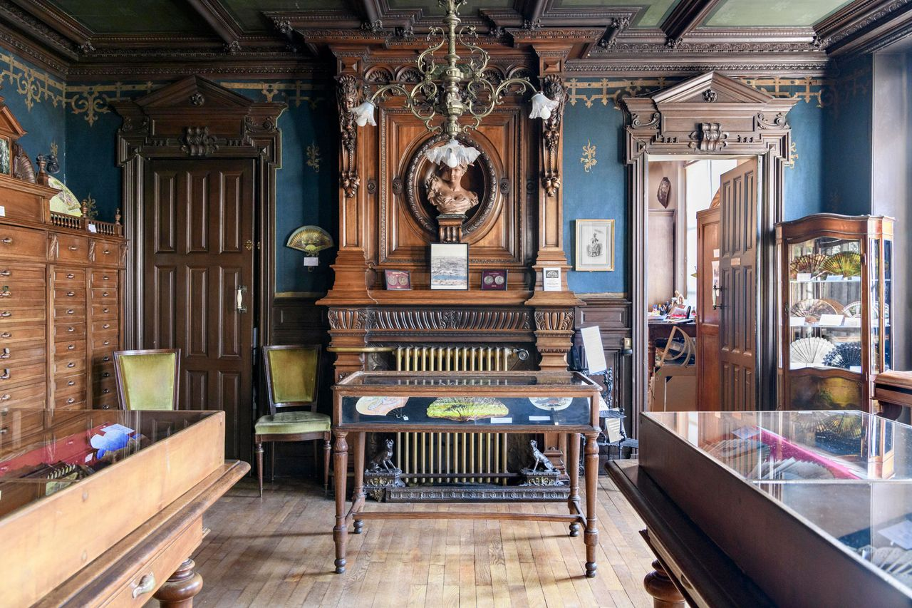 Facing eviction, the Fan Museum in Paris is crowdfunding to pay back rent arrears of more than €117,000 Photo: courtesy of Anne Hoguet, Musée de l'Eventail