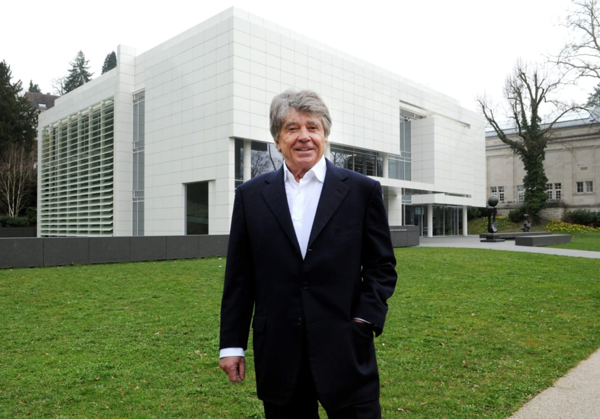 Frieder Burda outside his eponymous museum in Germany © Museum Frieder Burda, Baden-Baden