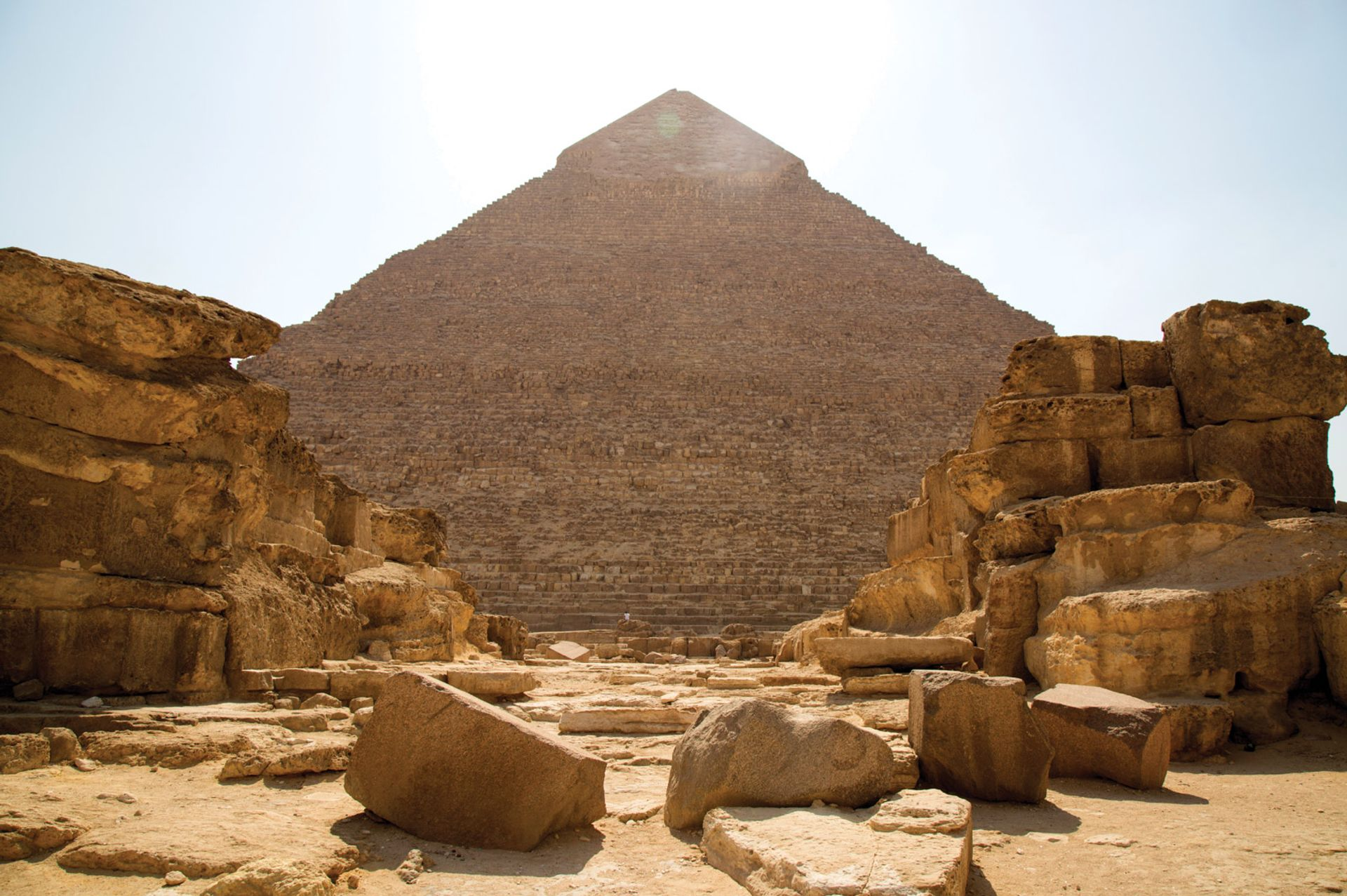 The show at the Giza plateau will include both Egyptian and international artists Courtesy of Art D'Egypte