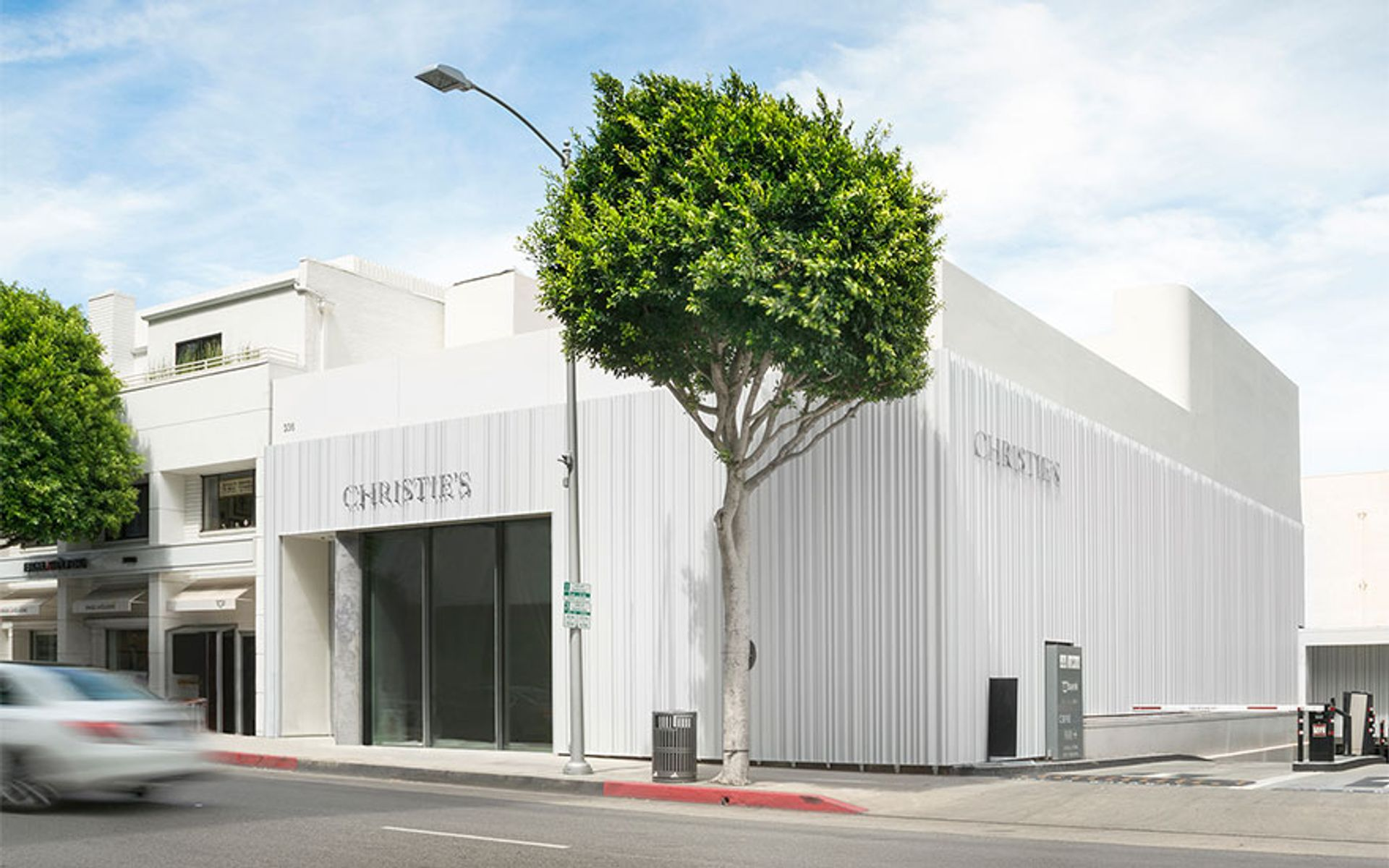 The ruling could open the door for Christie's and Sotheby's to hold more contemporary auctions in Los Angeles