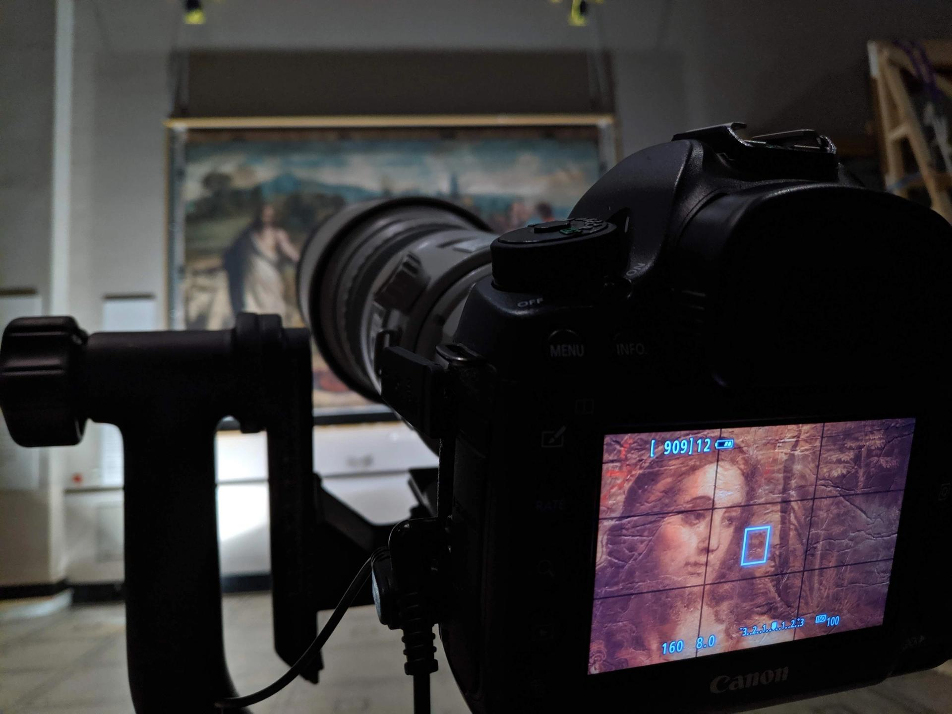 Recording the colour of the Raphael Cartoons at the V&A using panoramic composite photography © Gabriel Scarpa for Factum Foundation