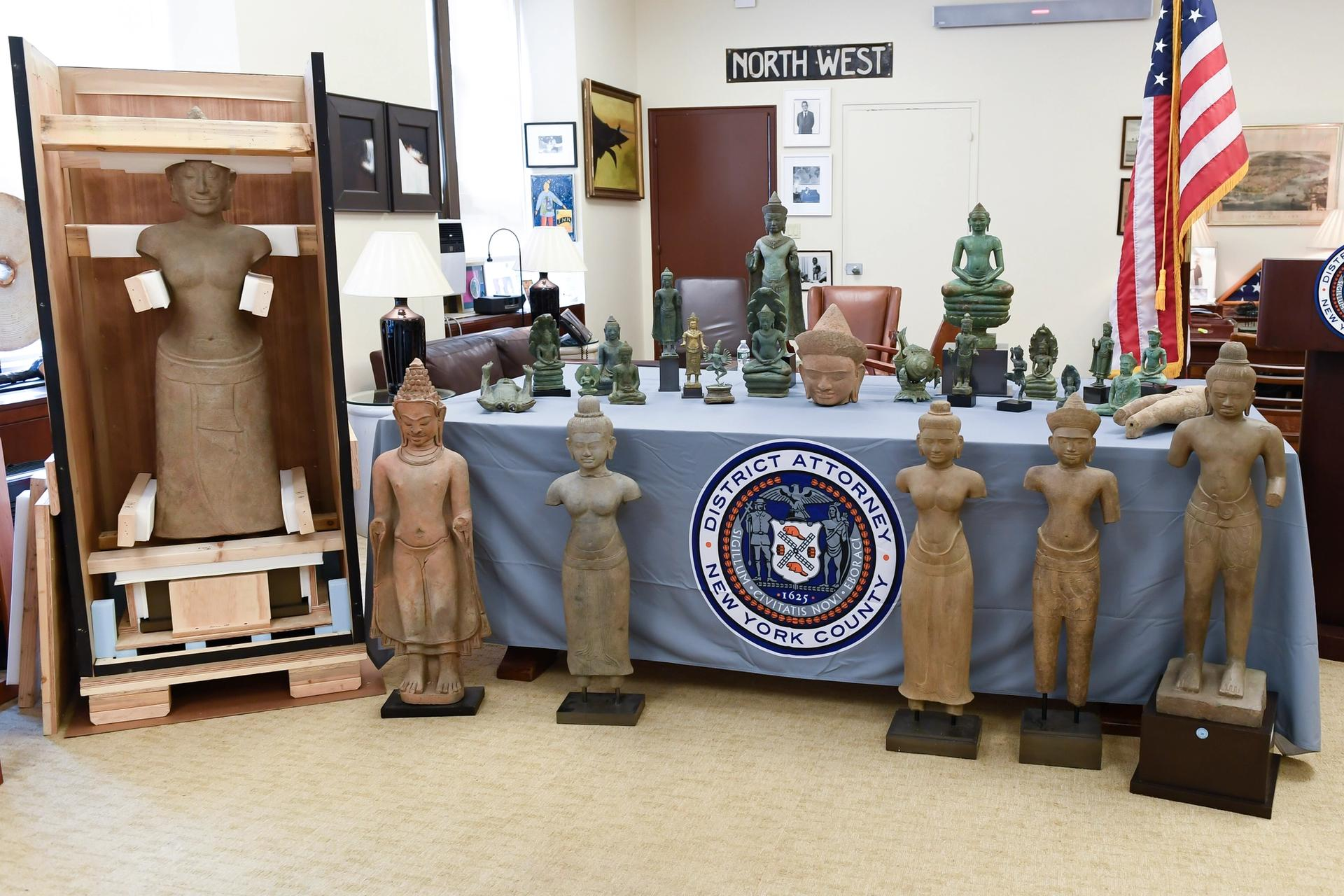 The Manhattan District Attorney's Office handed over 27 objects to Cambodia on Thursday, 10 June Courtesy of the US Embassy Phnom Penh
