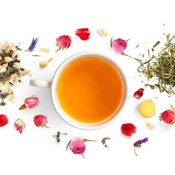 Teekräuter, Teetasse, Blüten