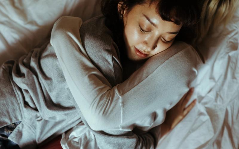 Kuscheln im Bett.
