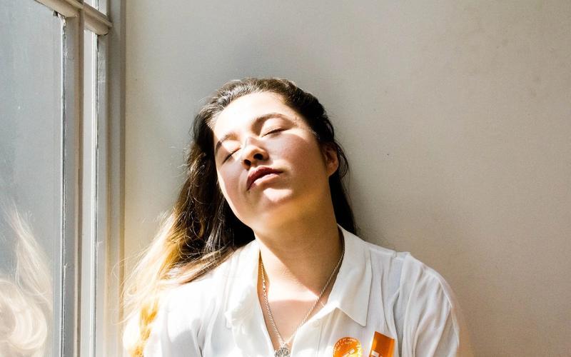 Schichtarbeit: Frau, schlafend.