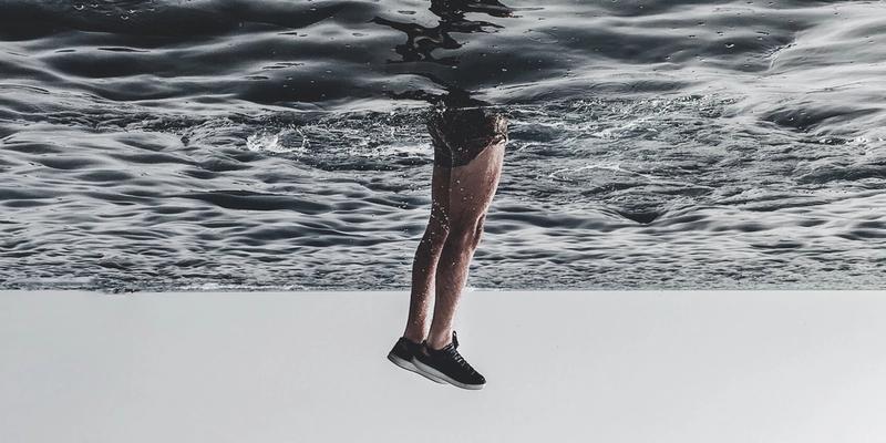 Beine unter Wasser Restless-Legs-Syndrome