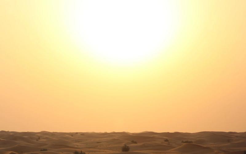 Sonne in der Wüste