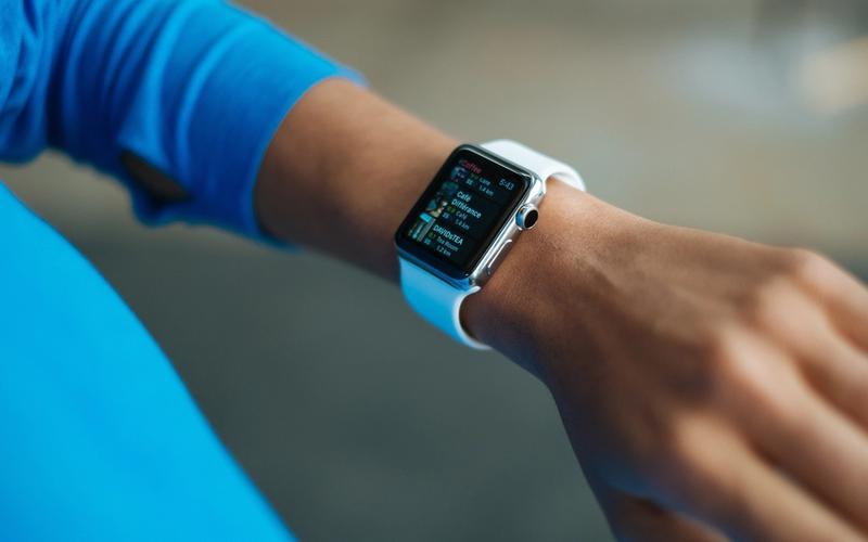 Arbeitgeber Schlaf Prämie Smartwatch