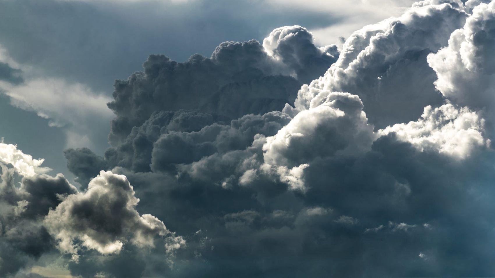 Schlaftipps (Wolkenlandschaft)