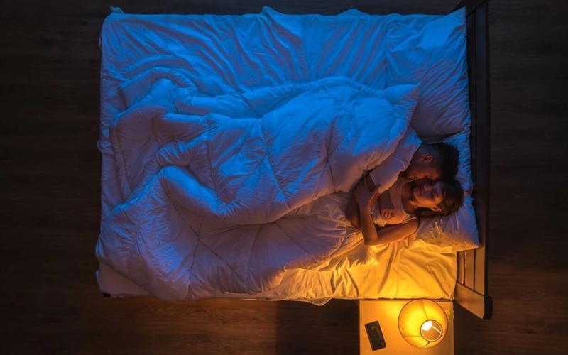 Blaues Licht schlaflos